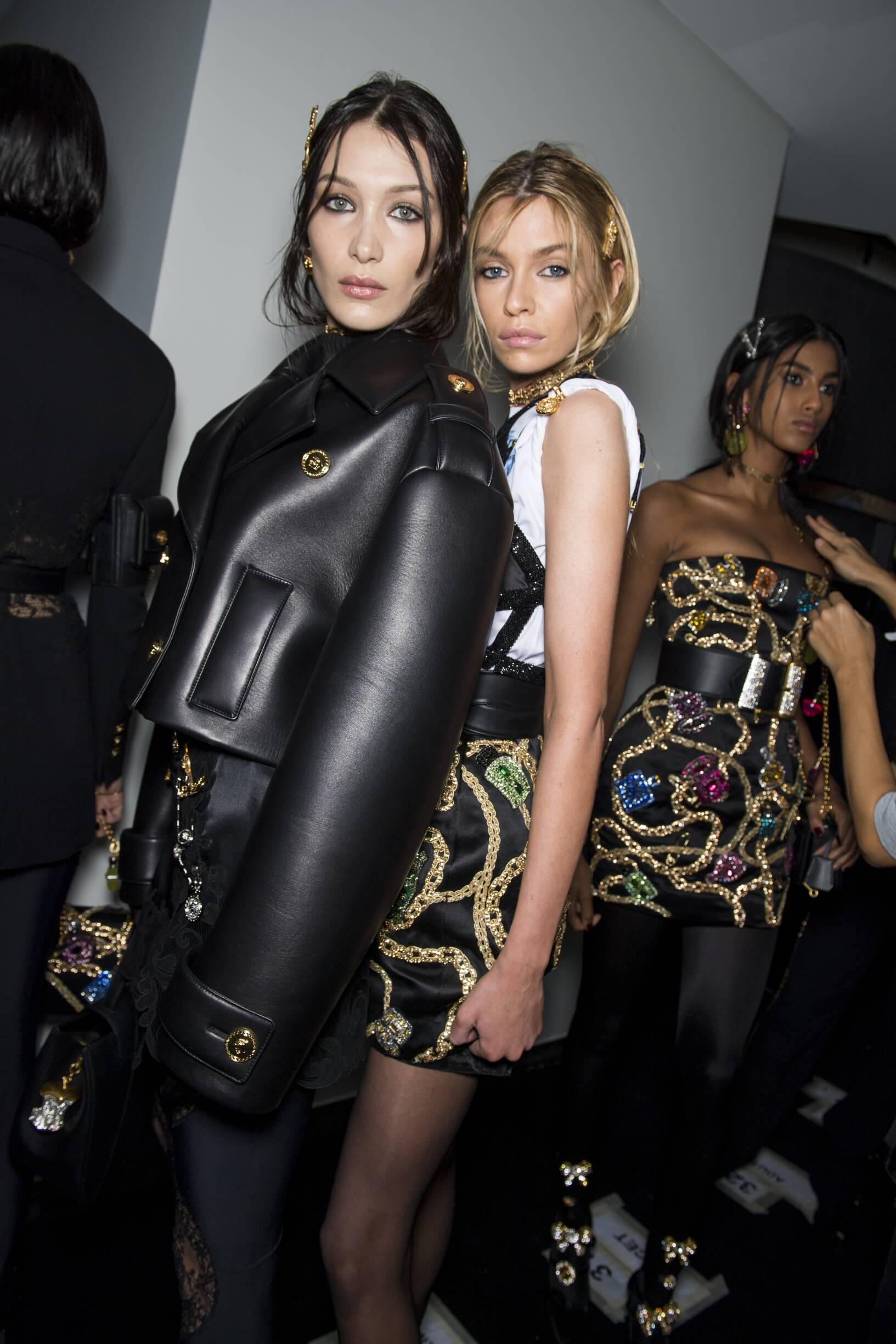 Backstage Versace Models 2019-20