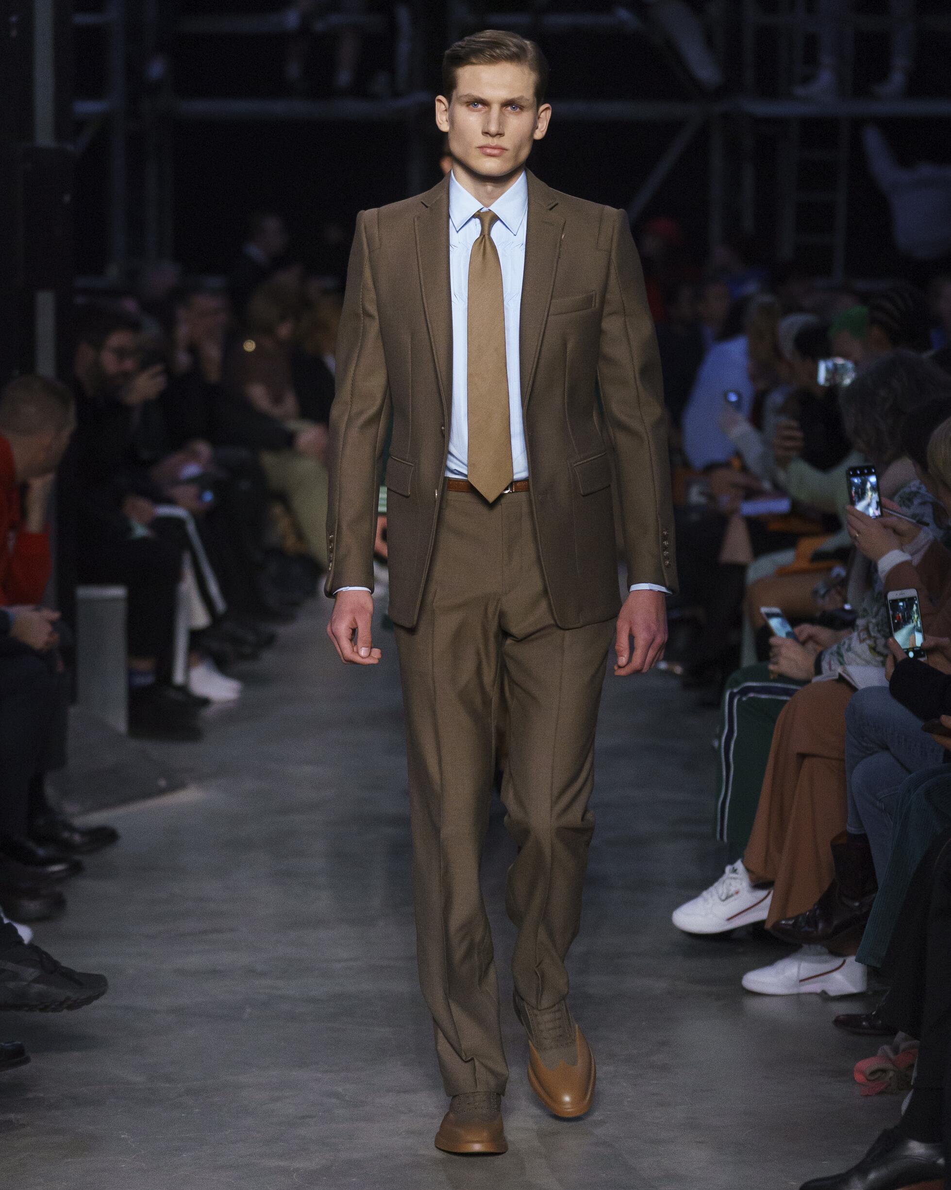 Burberry 2019 London Menswear Trends