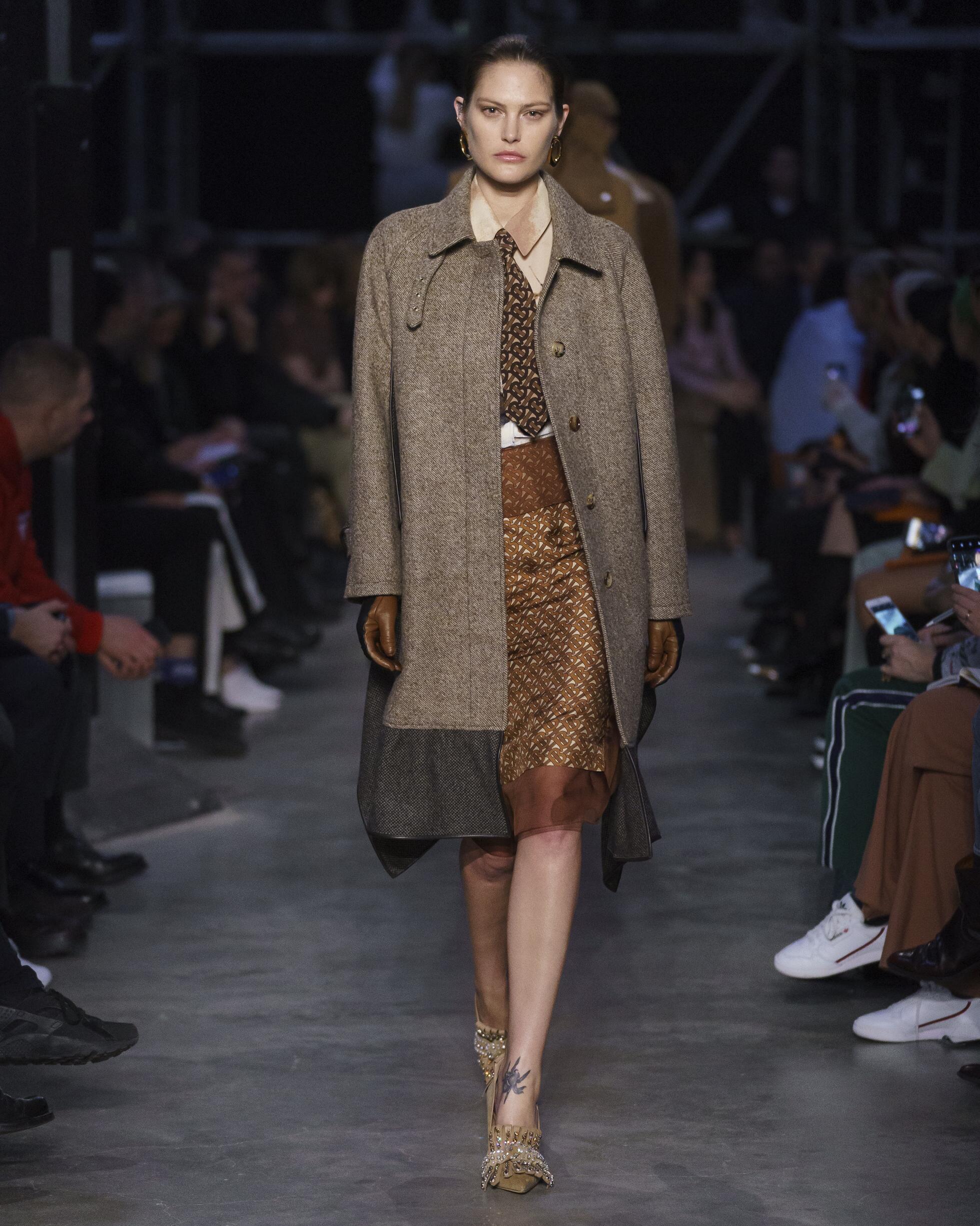 Burberry 2019 London Trends Womenswear