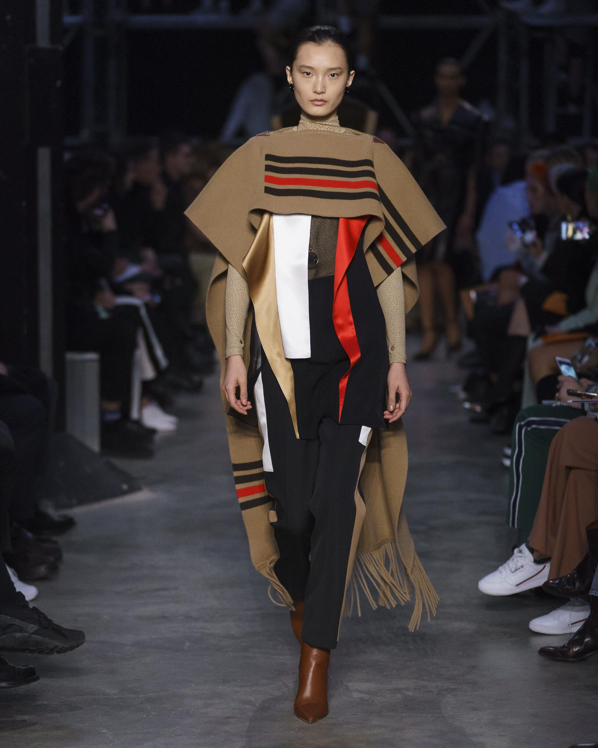 Burberry FW 2019 Womenswear