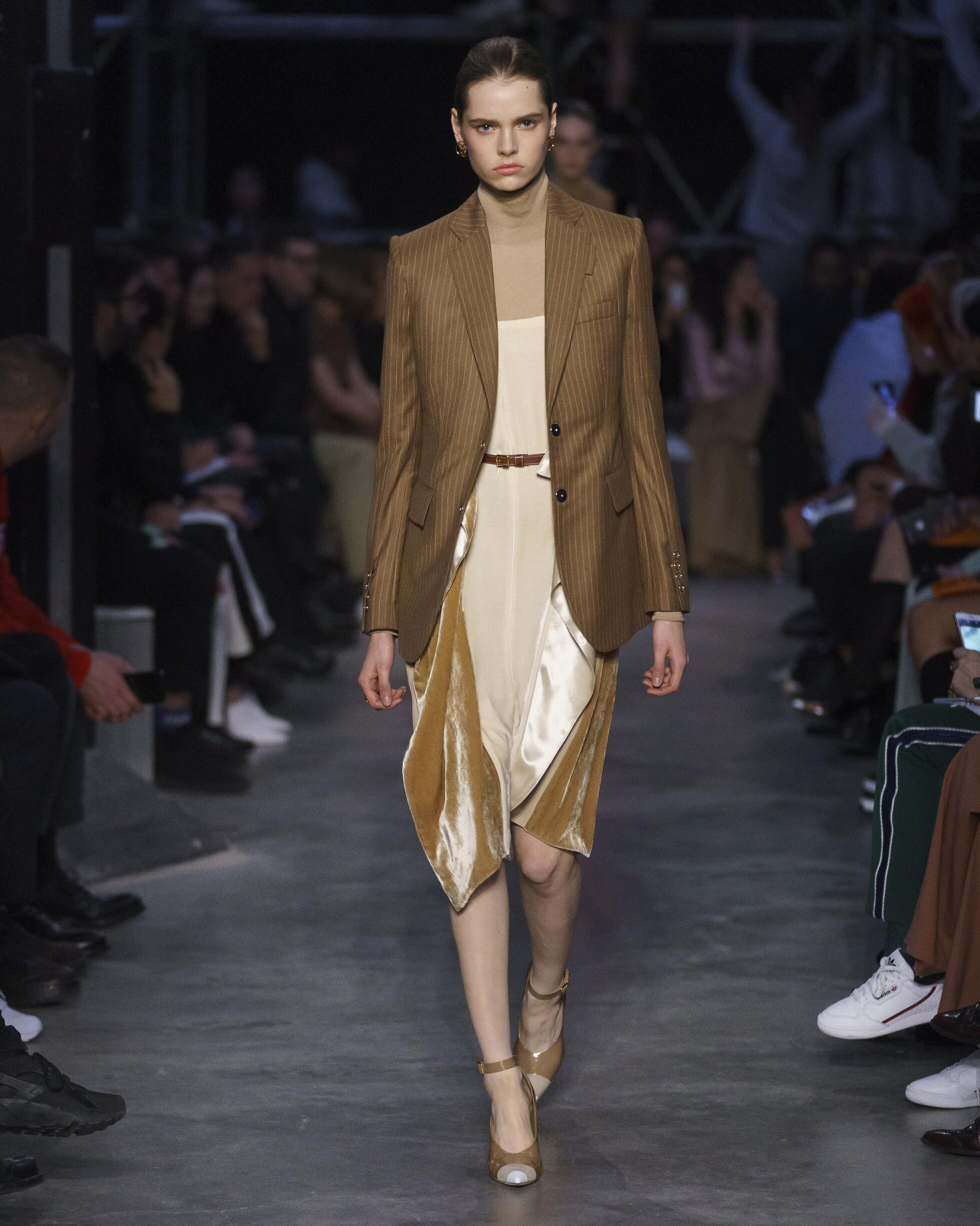 Burberry Fall Winter 2019 Womens Collection London Fashion Week