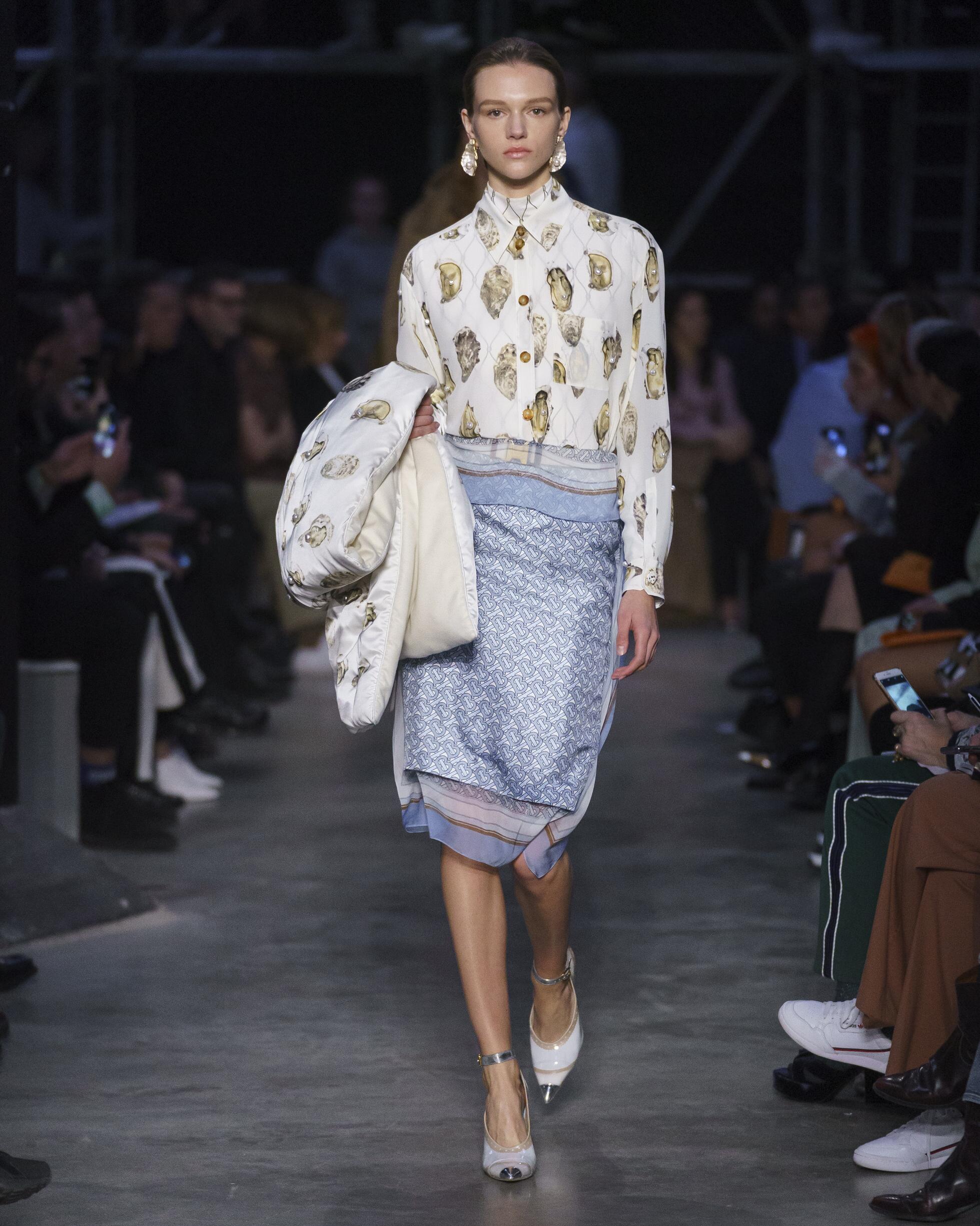 Burberry London Fashion Week Womenswear 2019 20