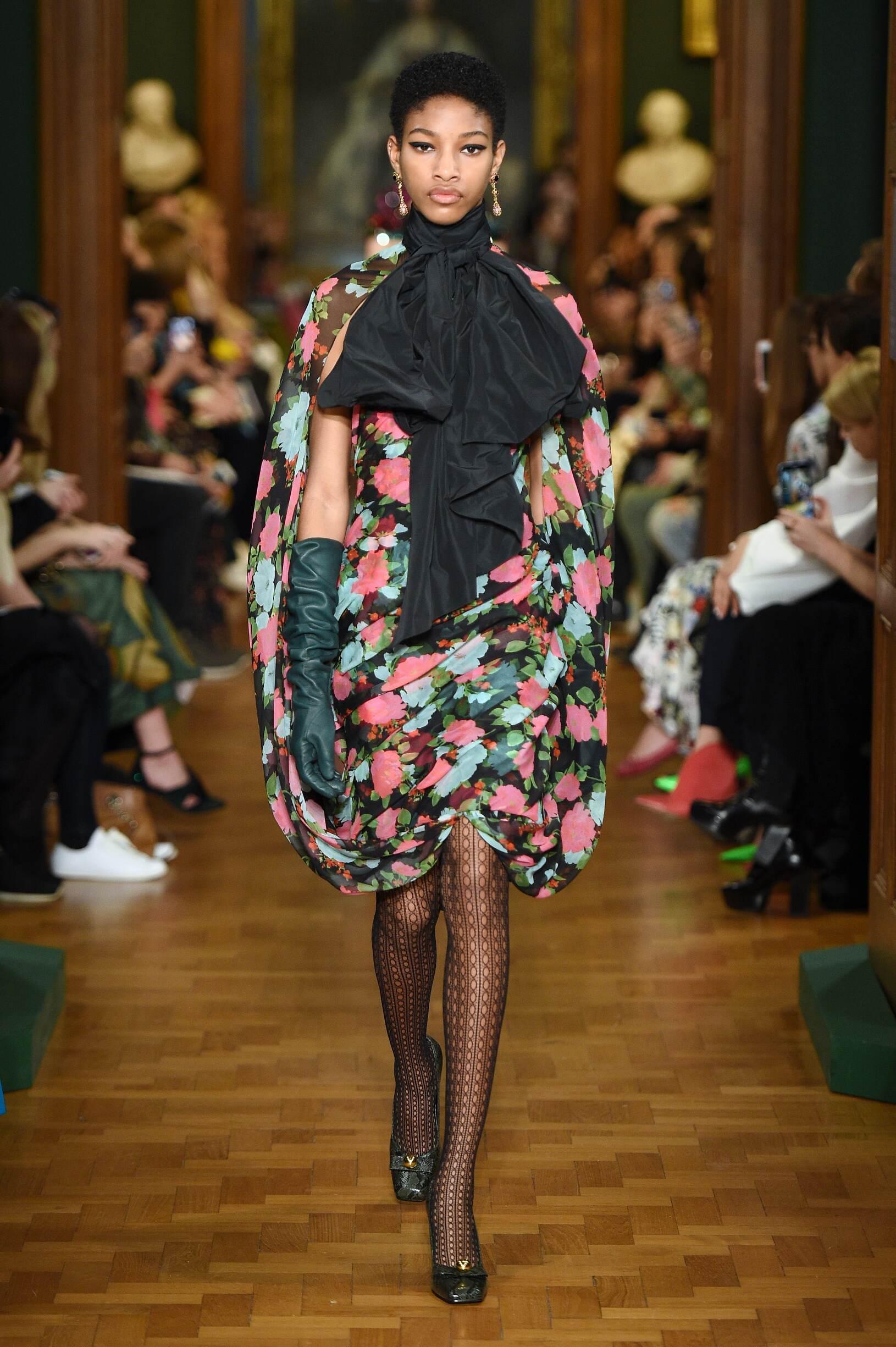 Catwalk Erdem Women Fashion Show Winter 2019