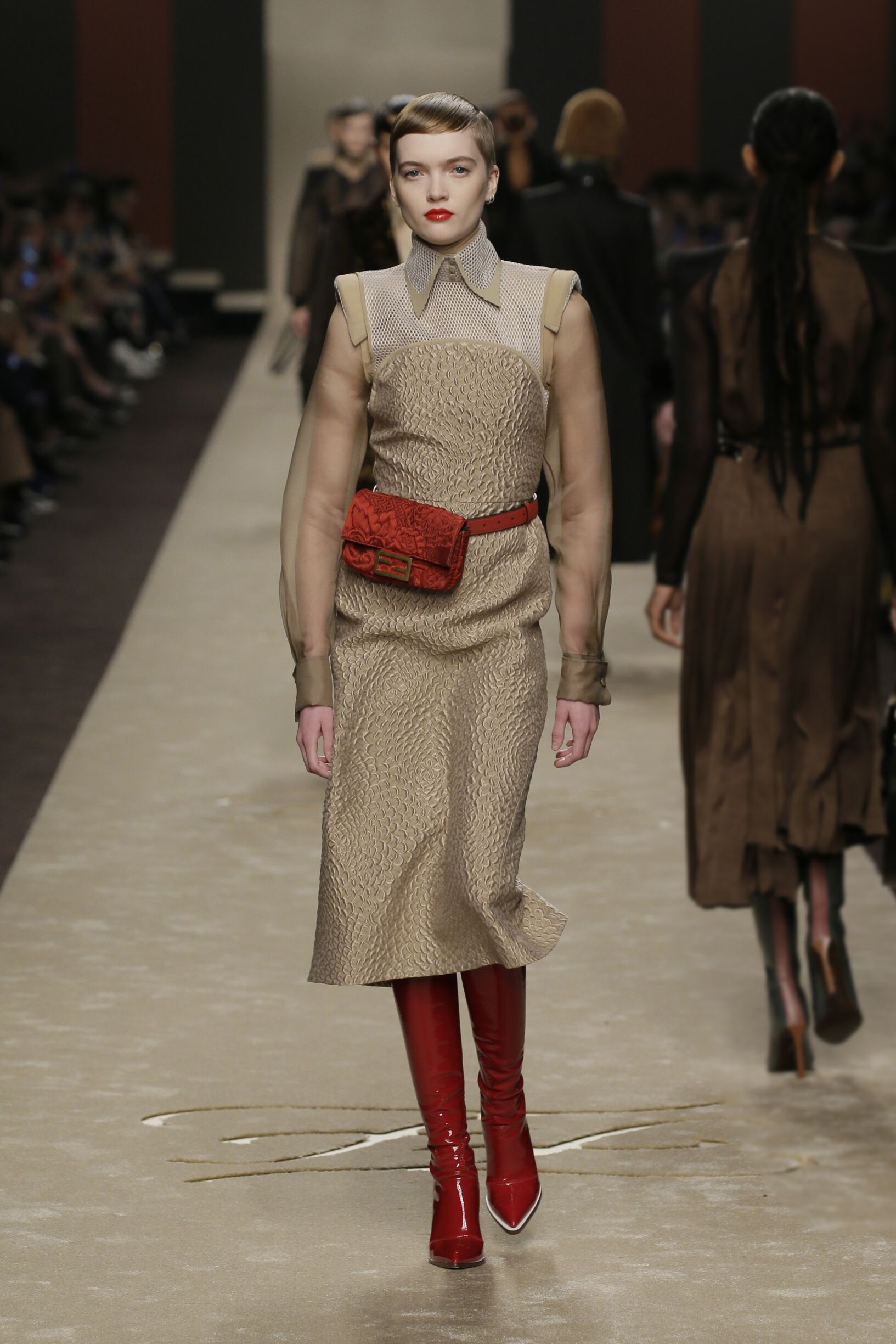 Catwalk Fendi Woman Fashion Show Winter 2019