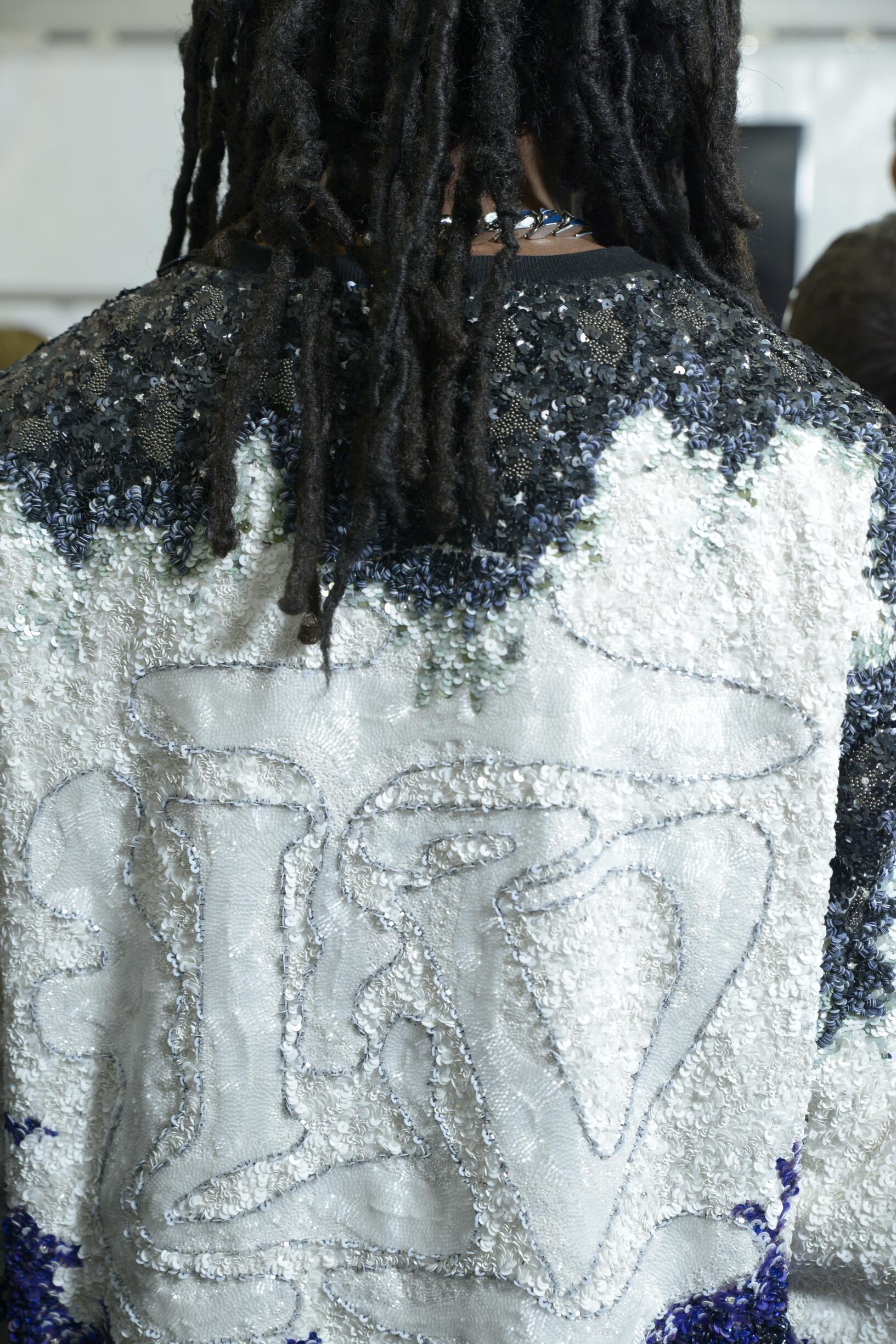 Detail Fashion Show Backstage Louis Vuitton
