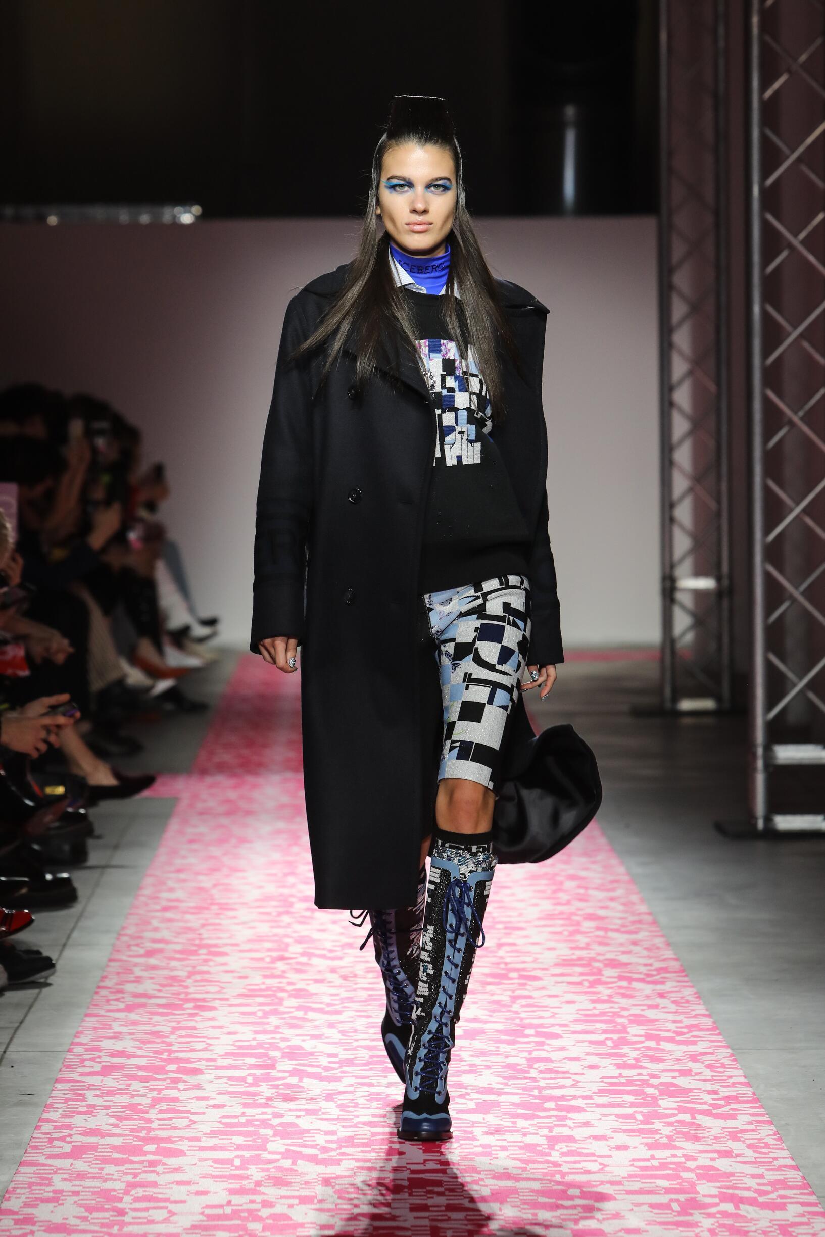 FW 2019-20 Fashion Show Iceberg