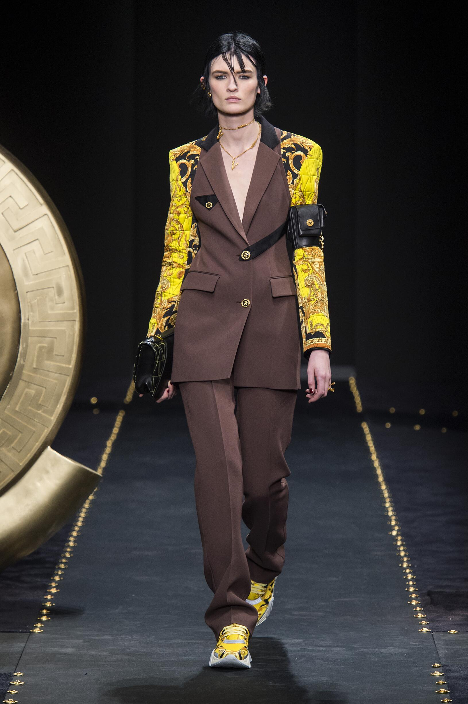 FW 2019-20 Fashion Show Versace