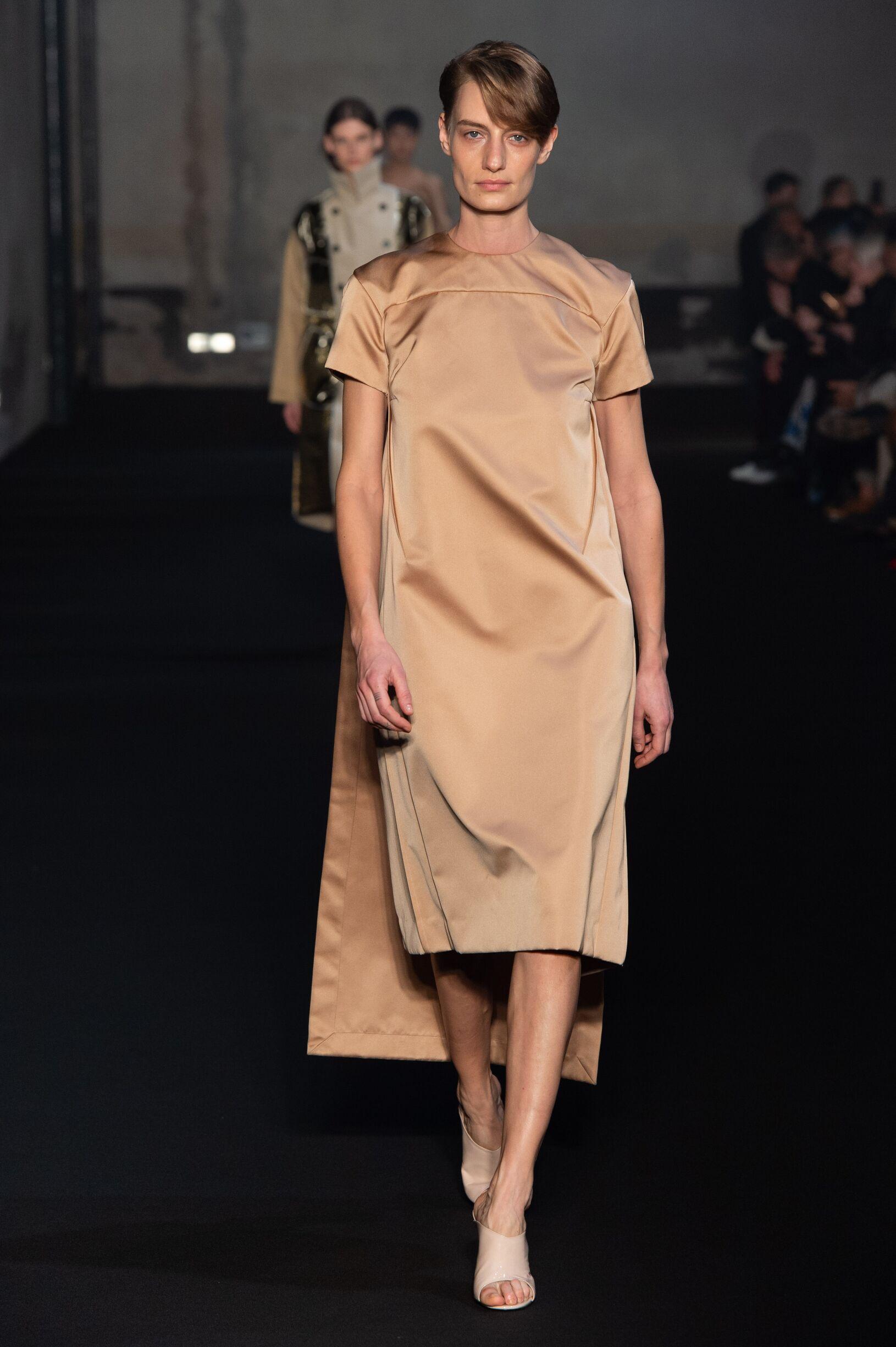 FW 2019-20 N°21 Fashion Show