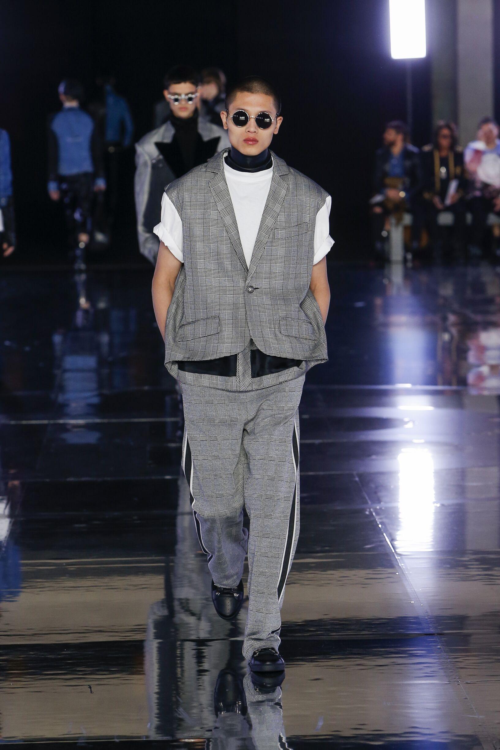 FW 2019 Balmain Show Paris Fashion Week Menswear