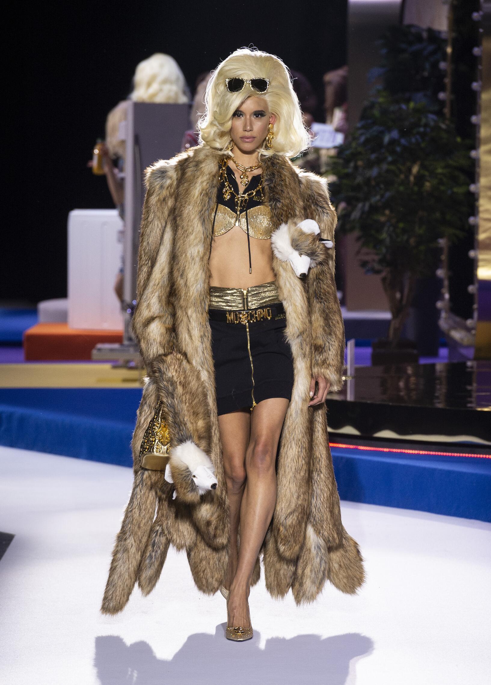 Fall Fashion Trends 2019-20 Moschino