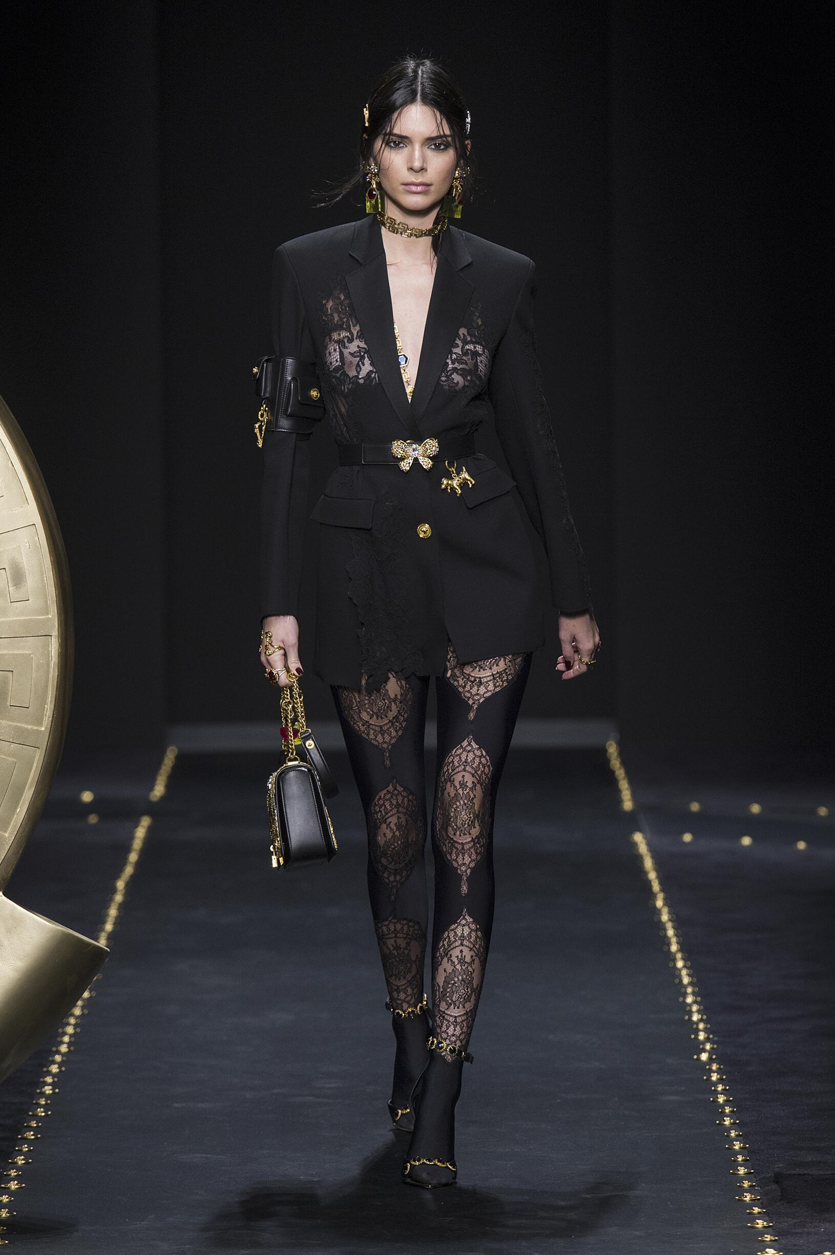 Fall Winter Fashion Trends 2019 Versace