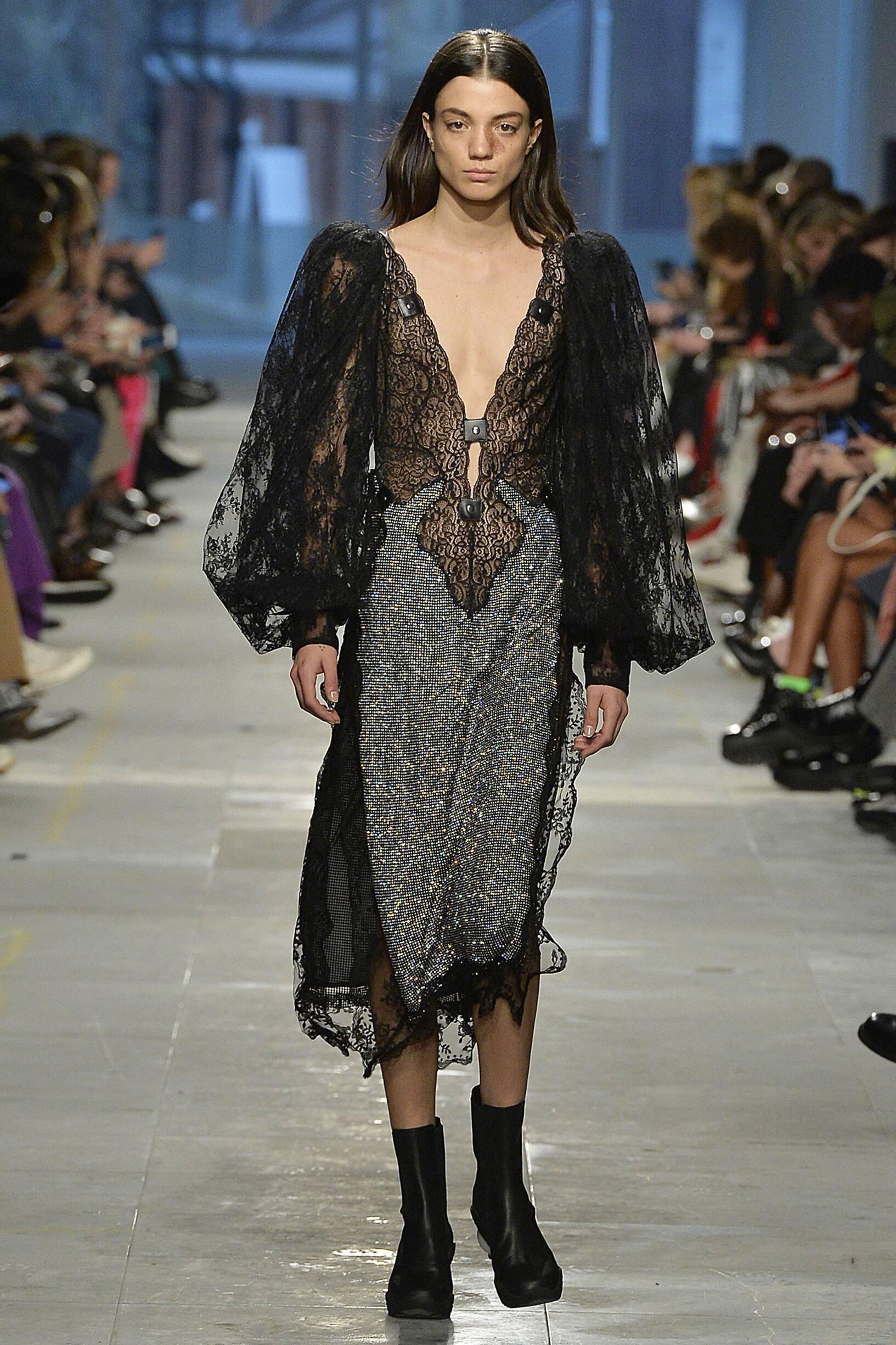 Fashion 2019 Womens Style Christopher Kane