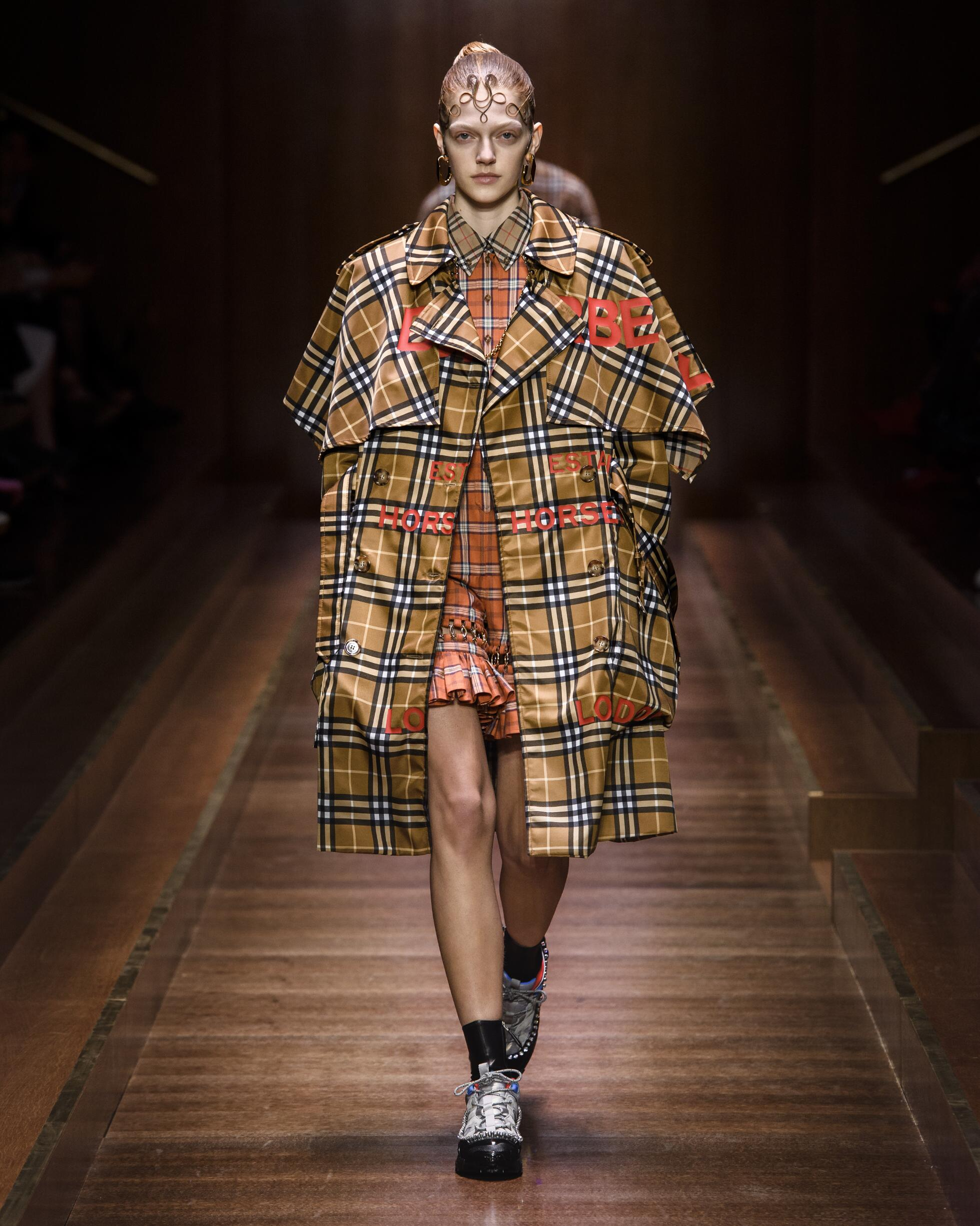 Fashion Model Burberry Catwalk