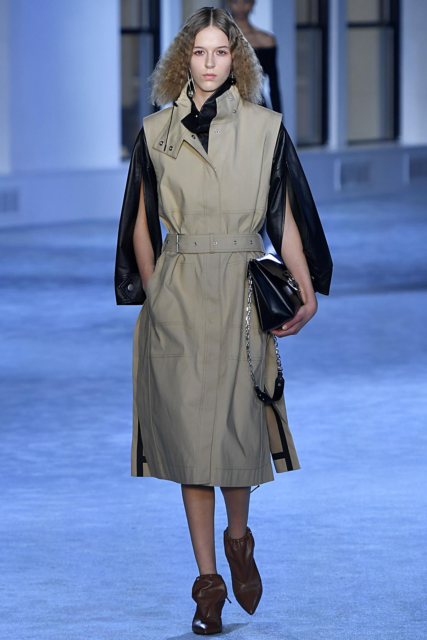 Fashion Show Woman Model 3.1 Phillip Lim Catwalk