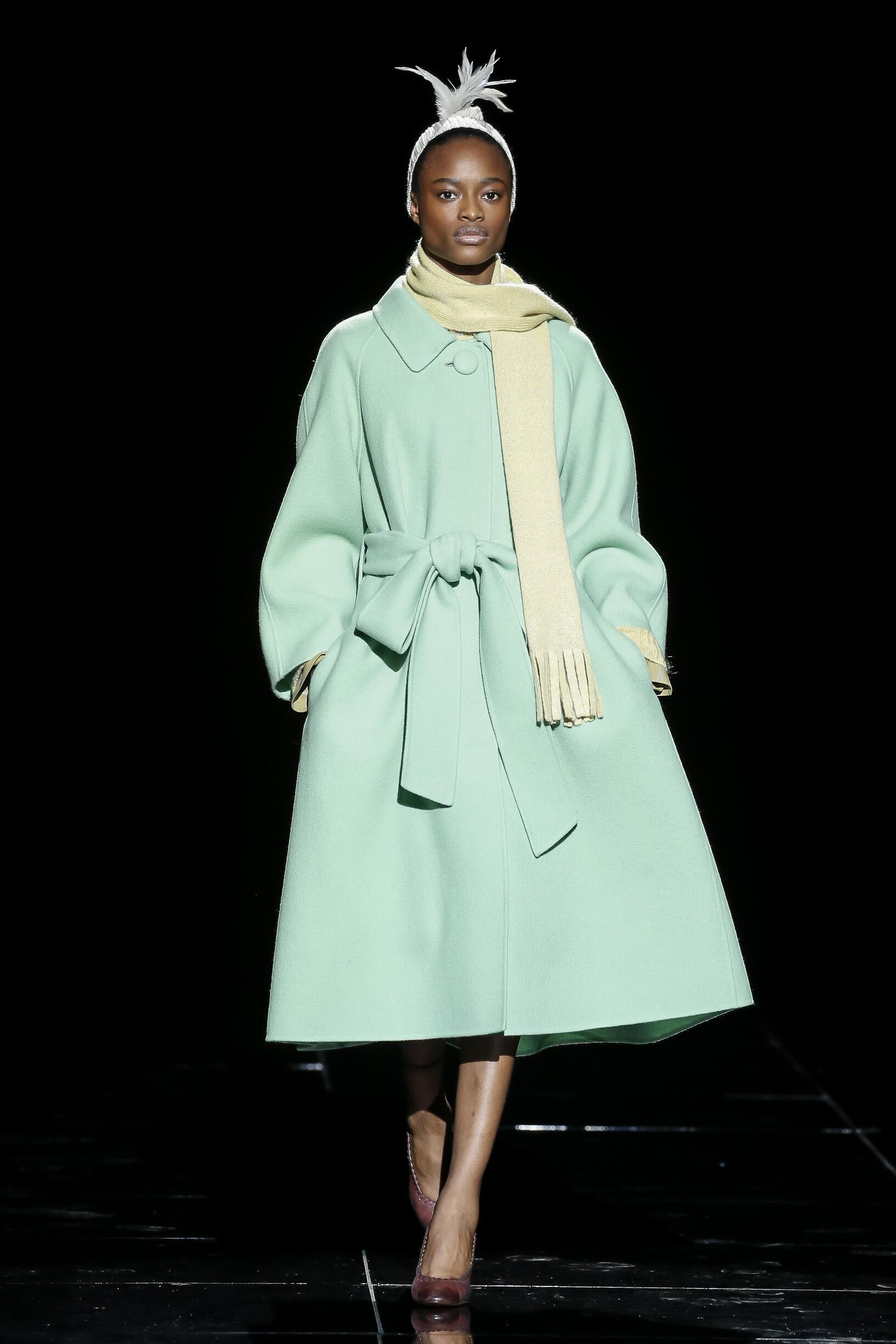 Fashion Show Woman Model Marc Jacobs Catwalk