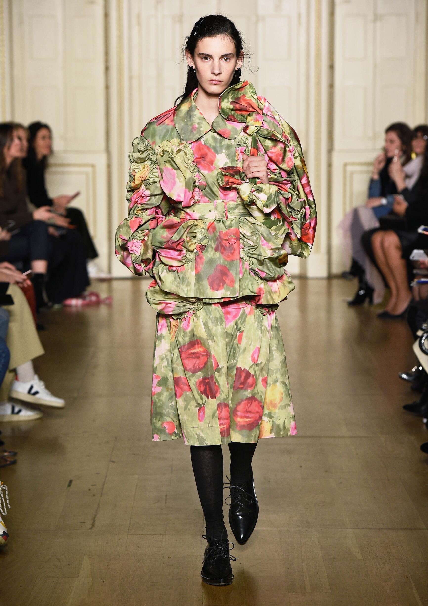 Fashion Show Woman Model Simone Rocha Catwalk