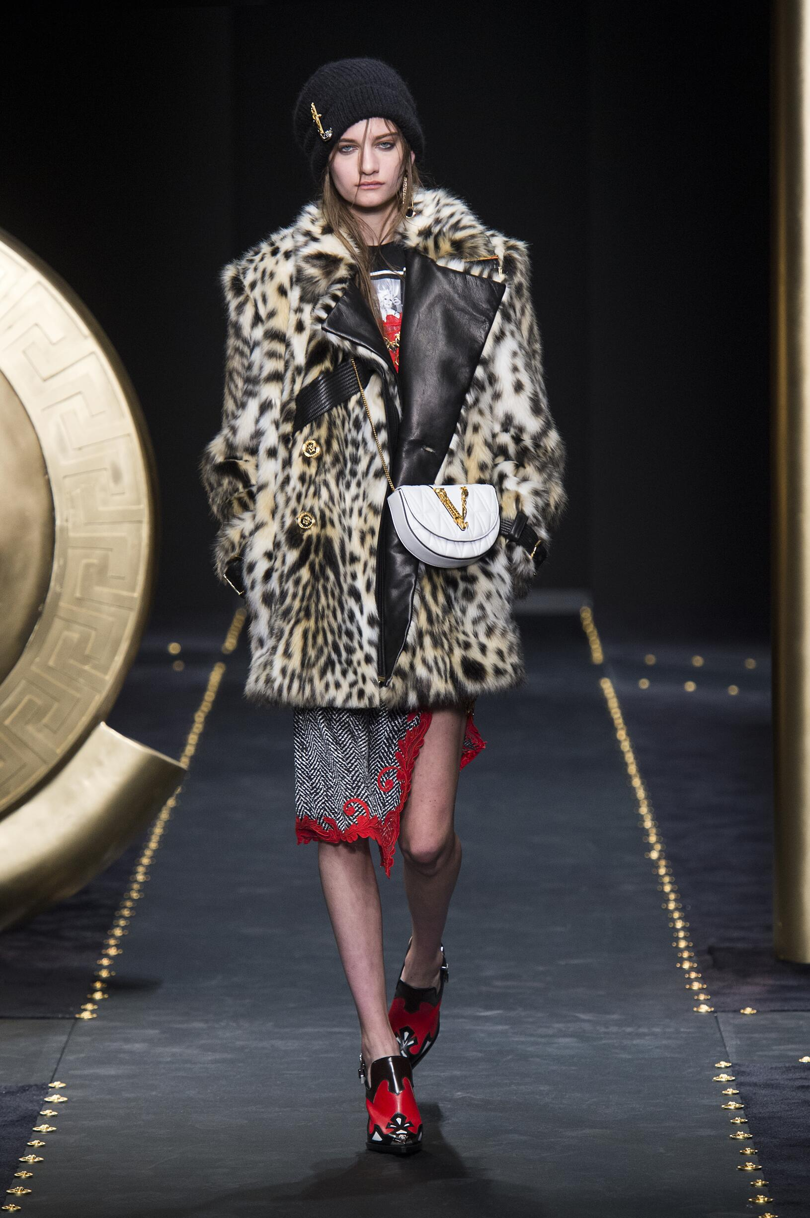 Fashion Show Woman Model Versace Catwalk