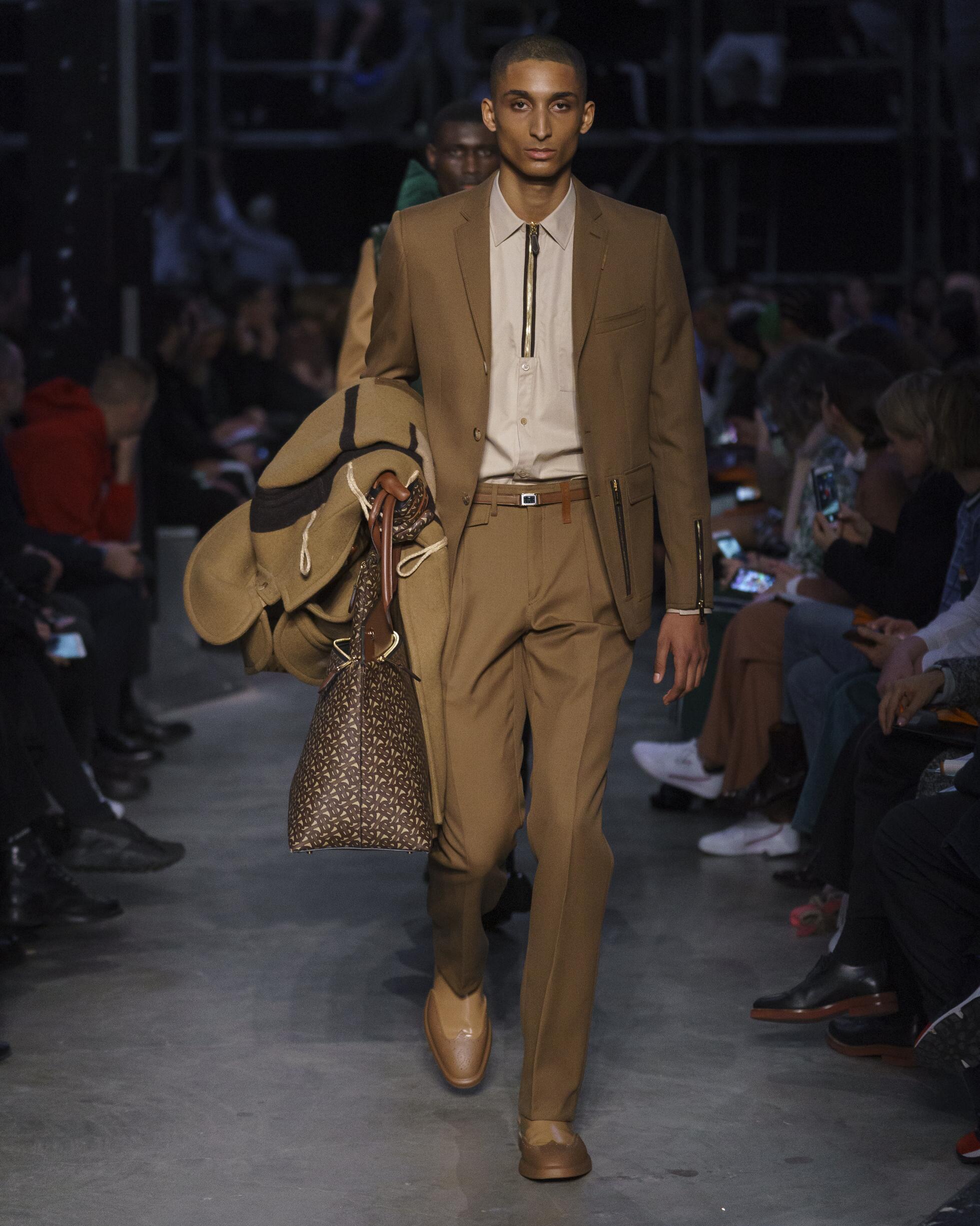 Fashion Week 2019 Catwalk Burberry