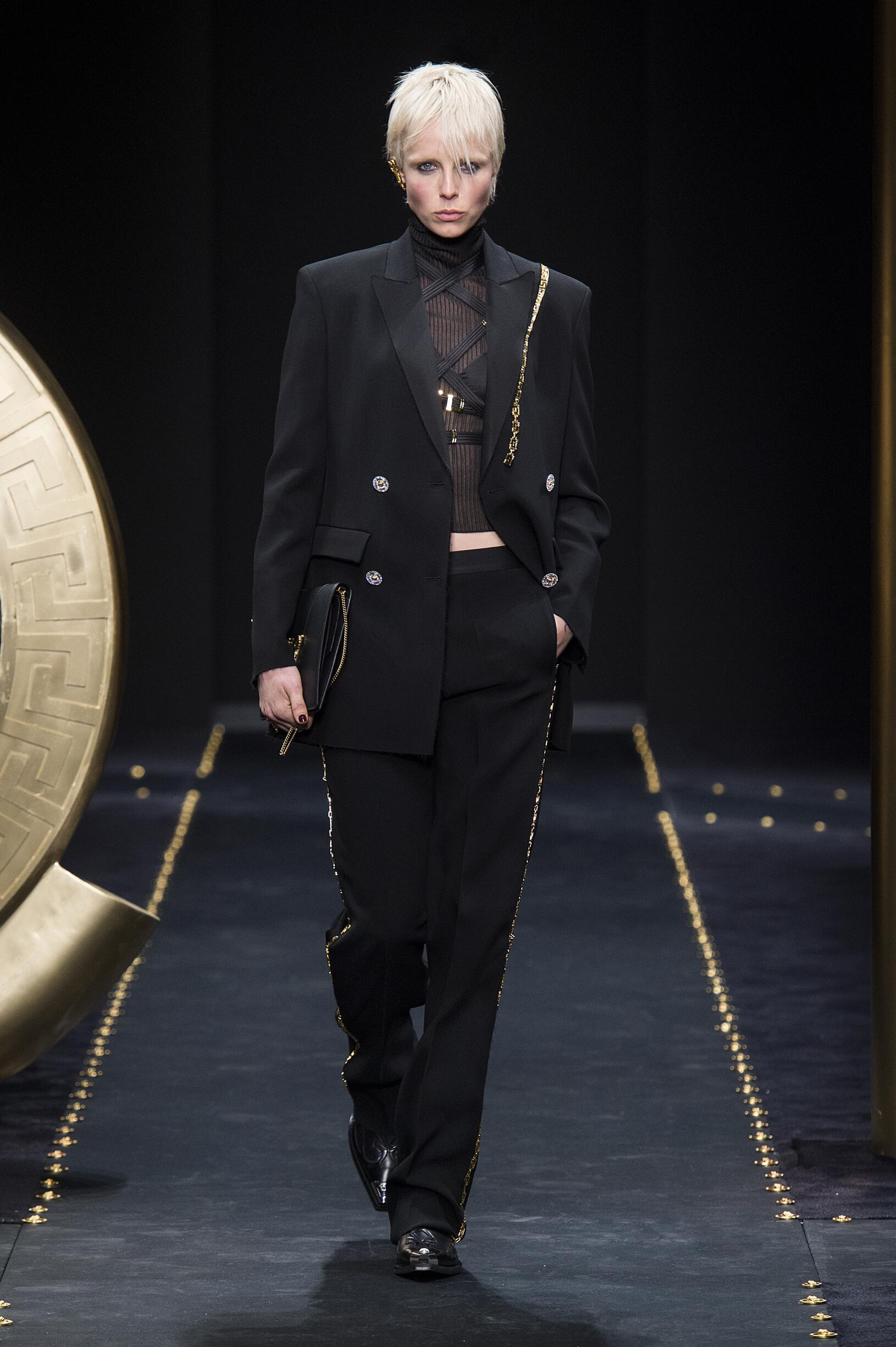 Fashion Week 2019 Catwalk Versace