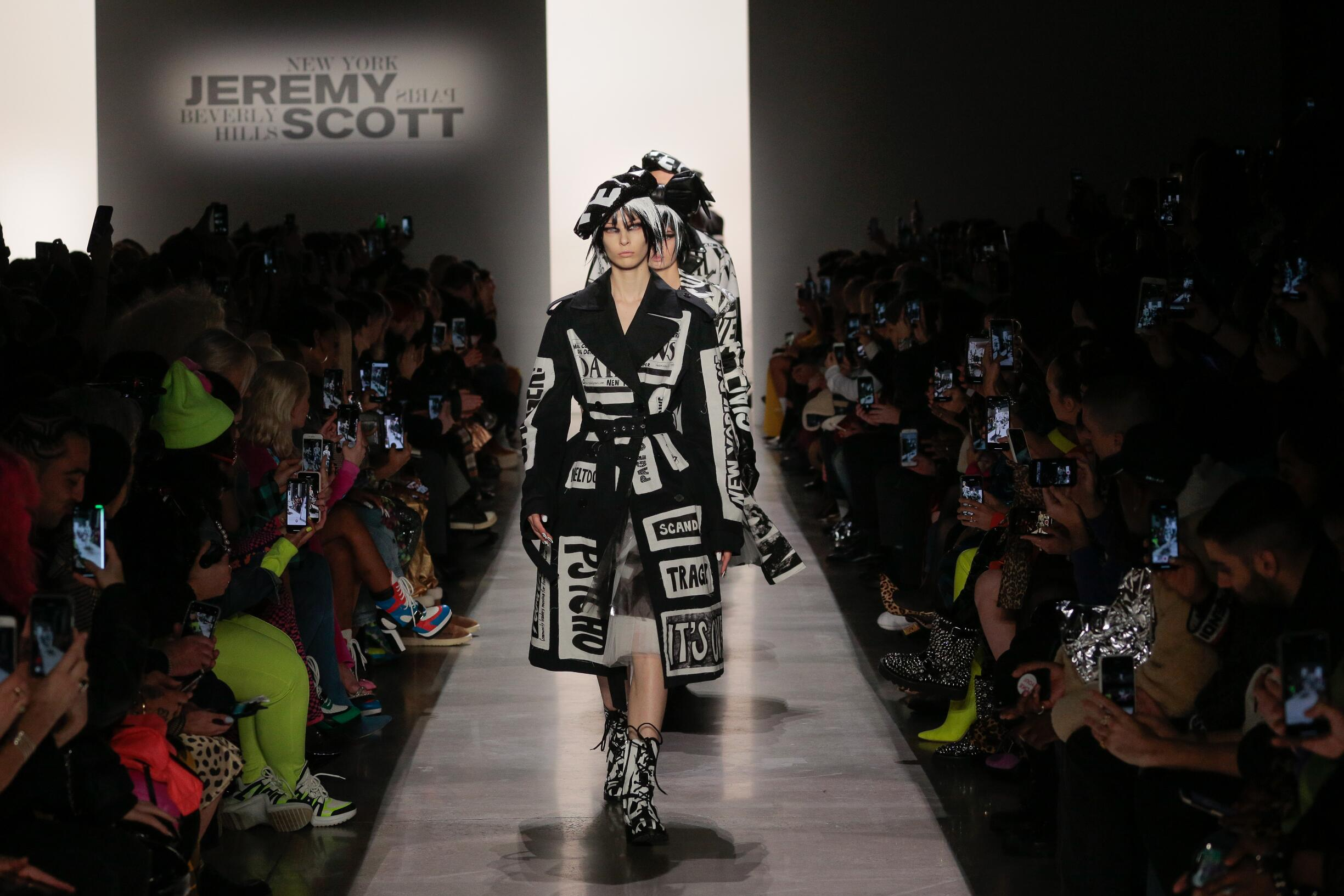 Finale Jeremy Scott Fashion Show