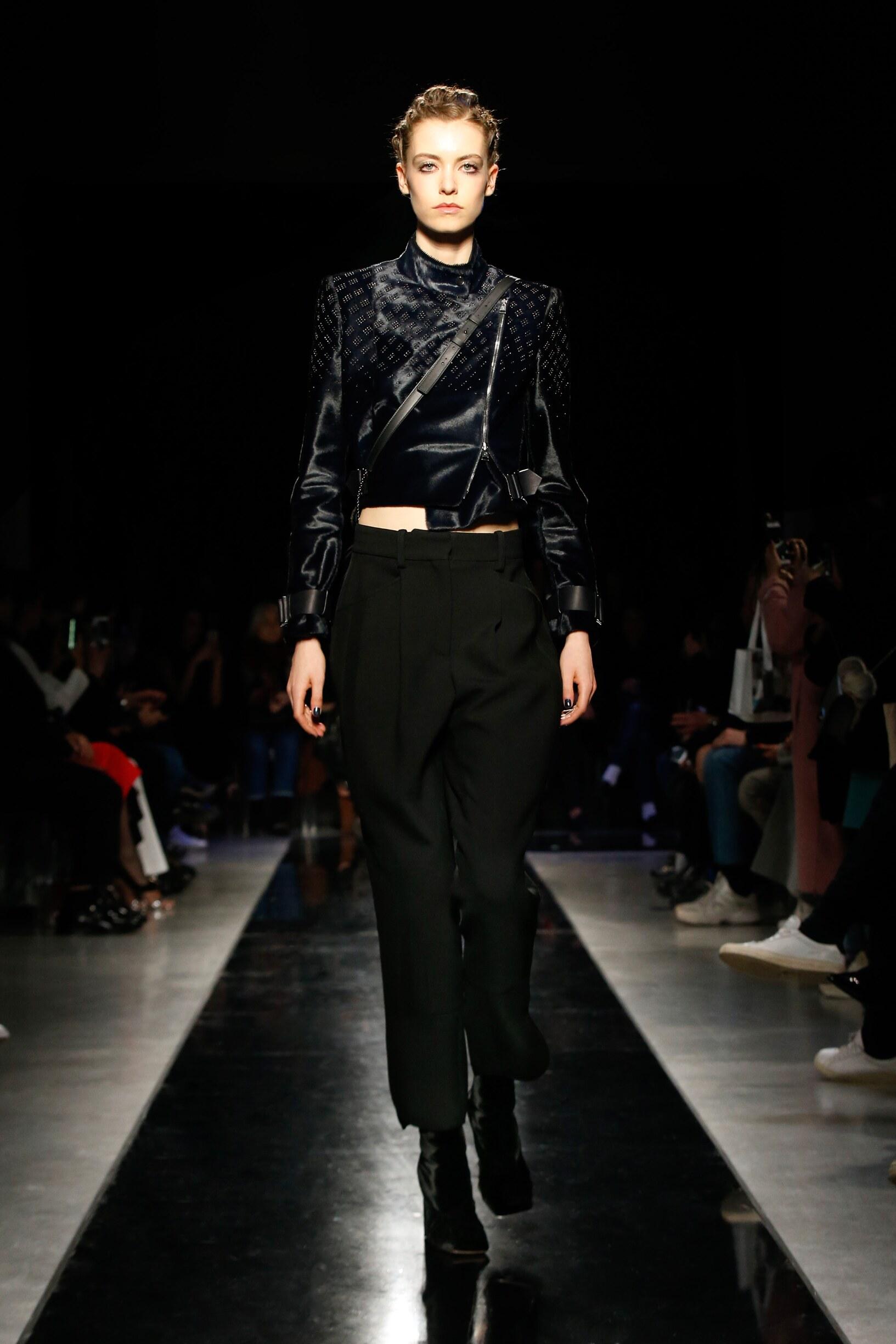 Giorgio Armani Woman 2019