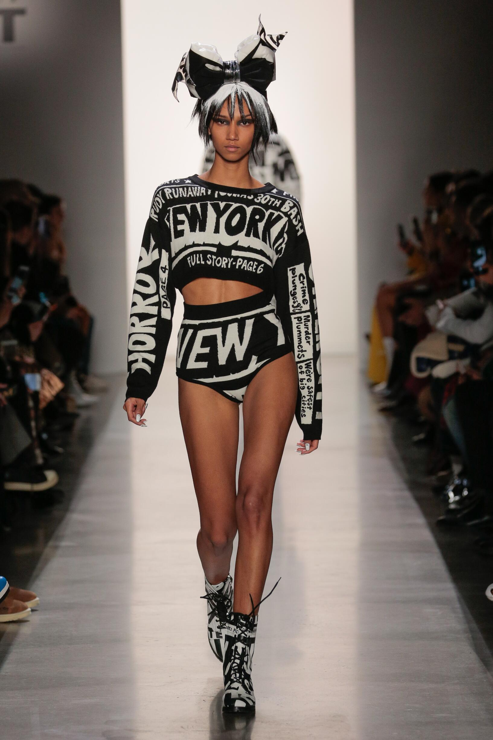 Jeremy Scott Winter 2019 Catwalk