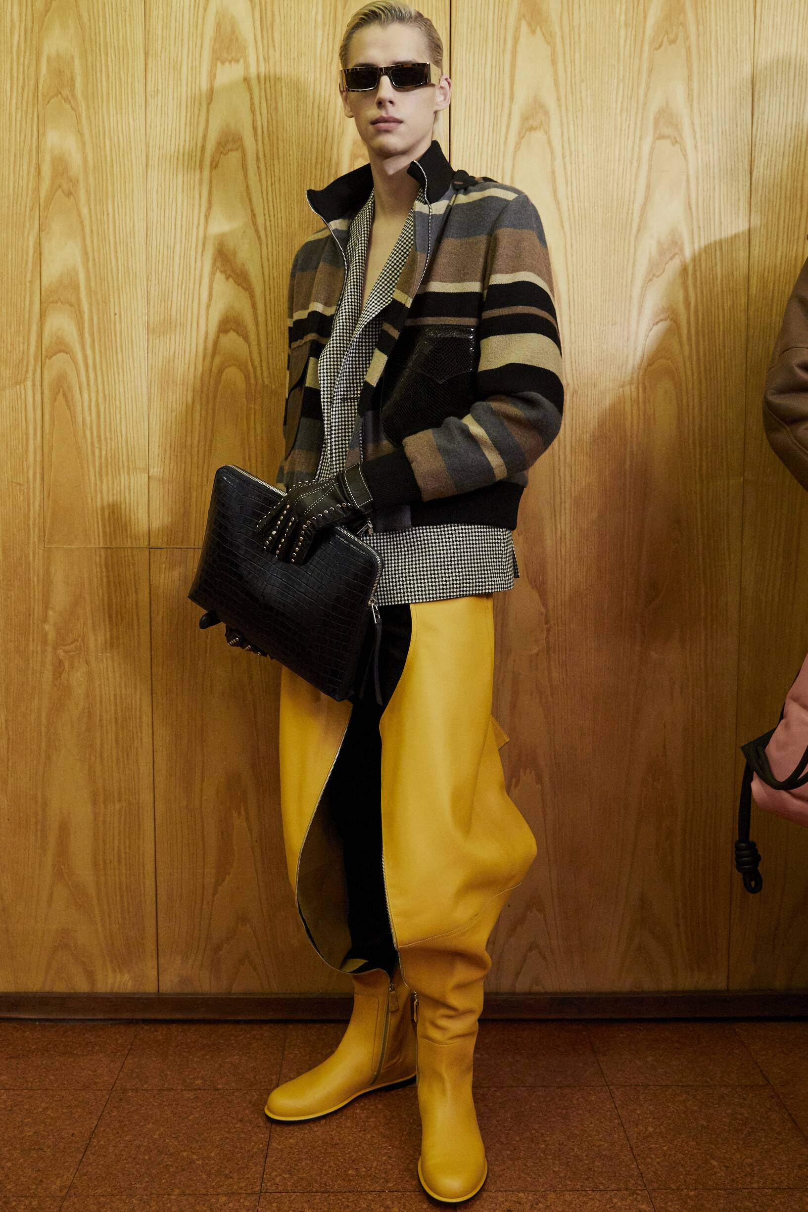 Look Backstage Loewe Fall Winter 2019 Men's Collection Paris Fashion Week