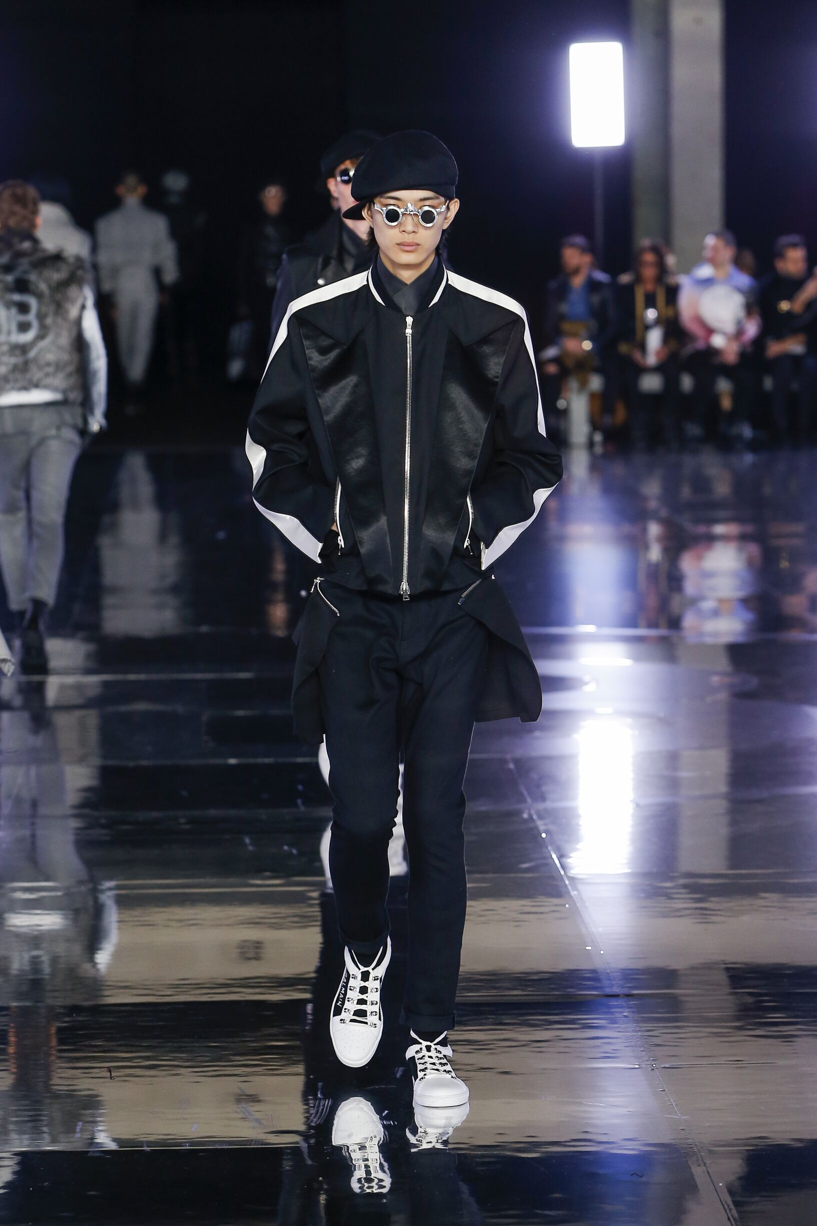 Man Fashion 2019 Mens Style Balmain