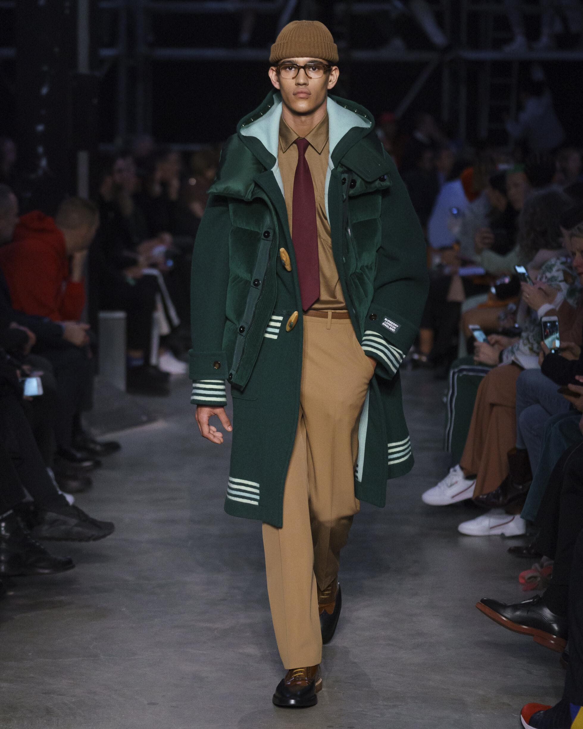 Man Fashion 2019 Runway Burberry Winter