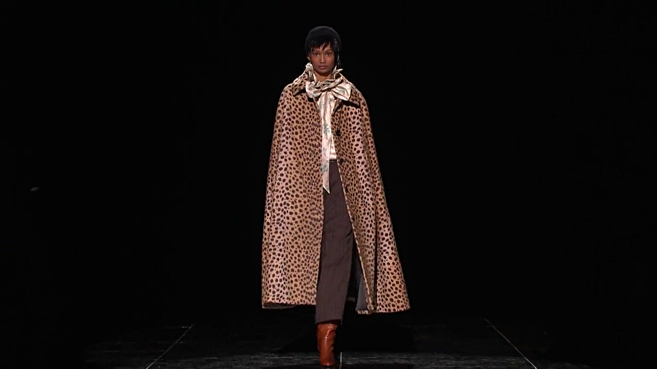 Marc Jacobs Fall Winter Collection 2019 - New York Fashion Show