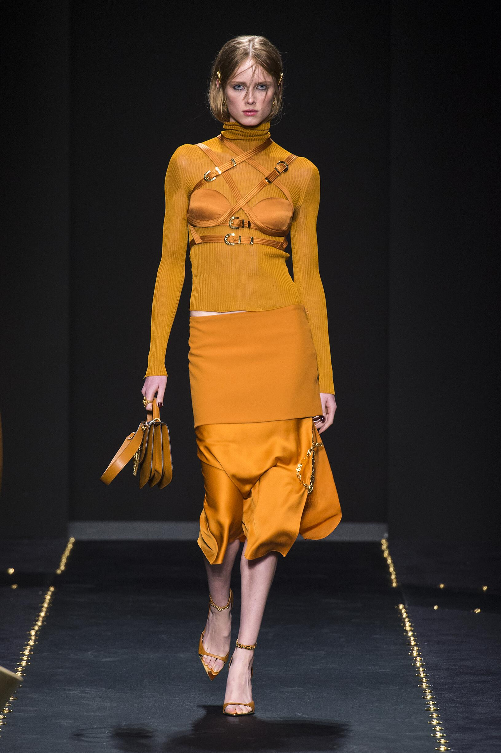 Model Fashion Show Versace