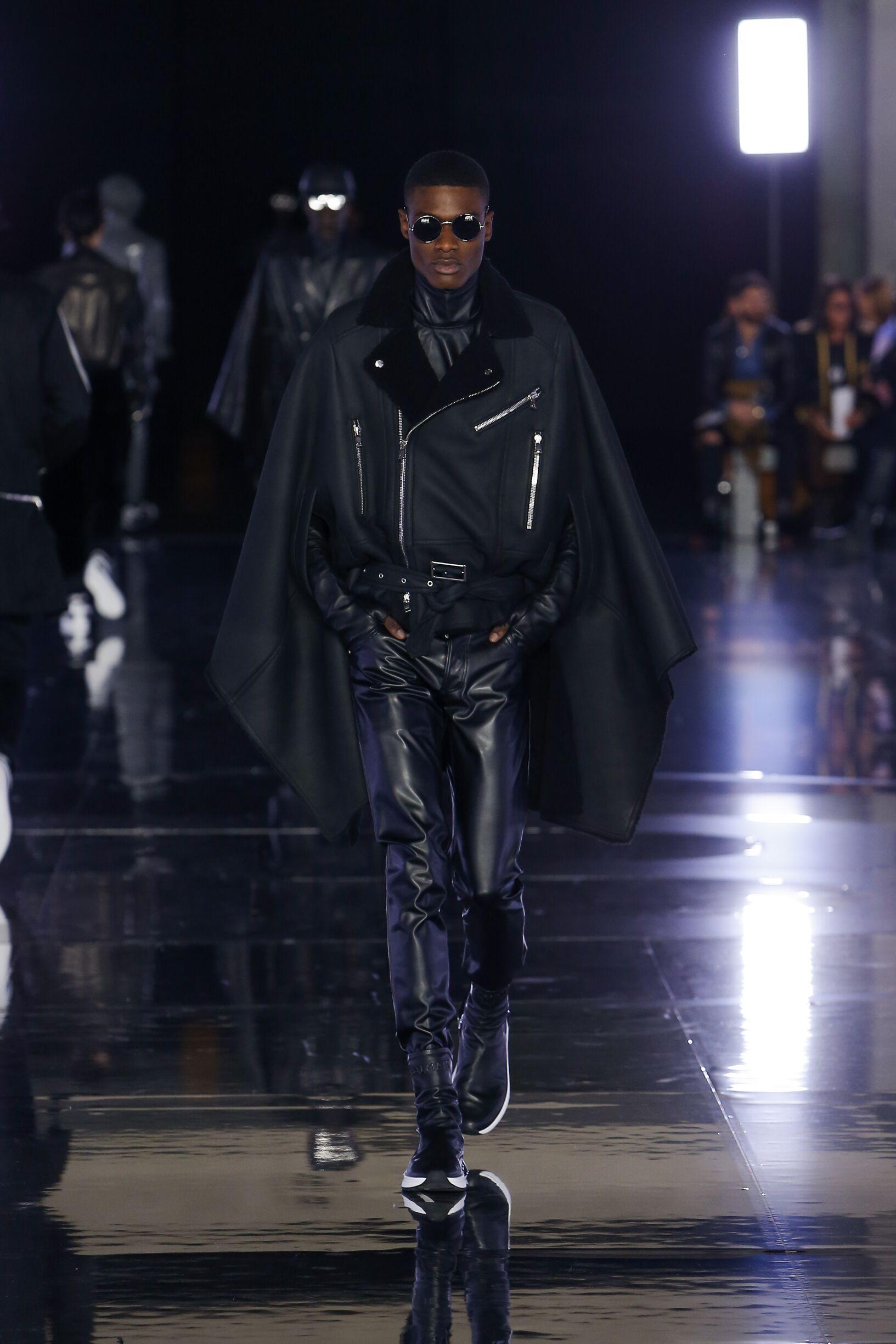 Model Fashion Week 2019-20 Catwalk Balmain