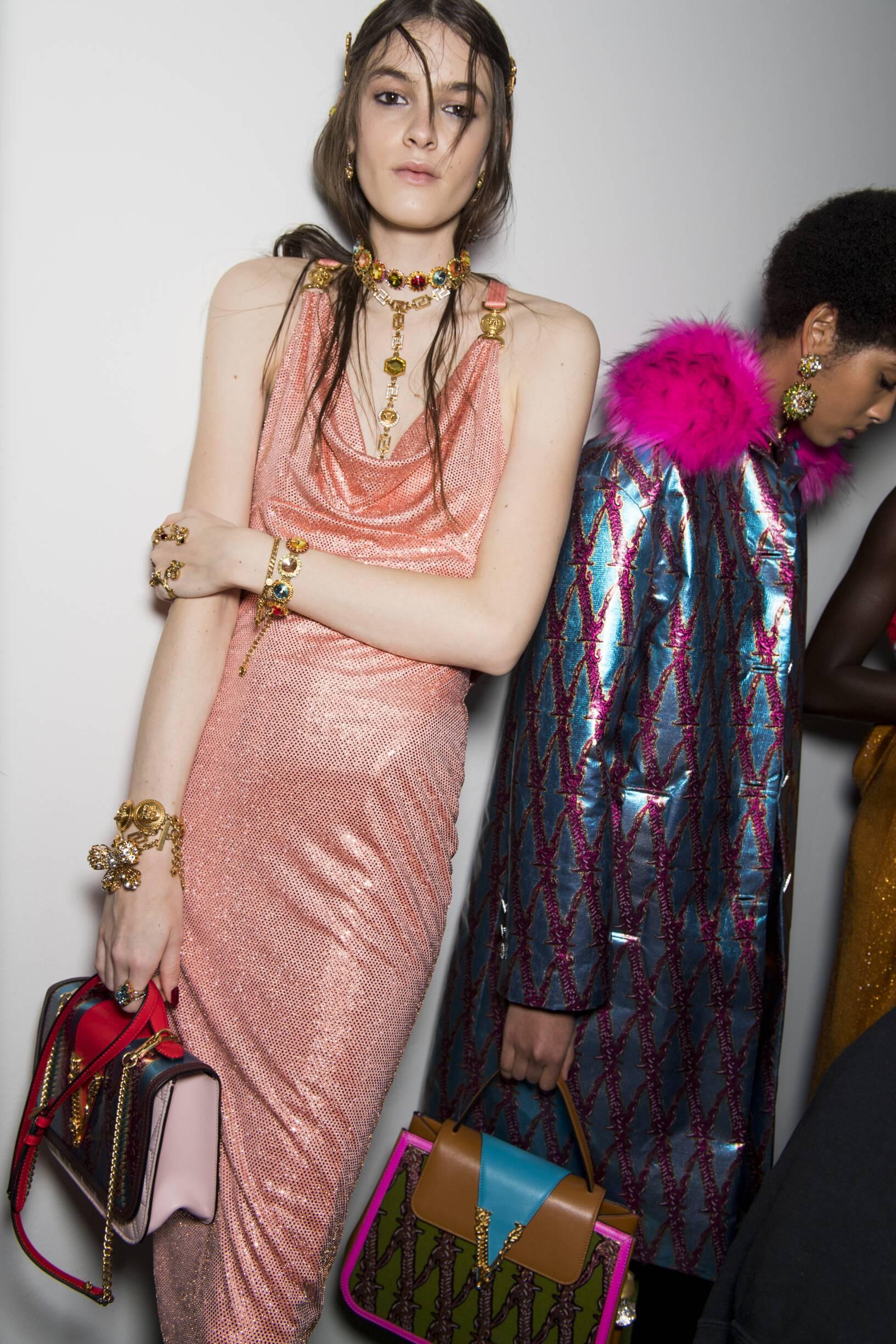 Models 2019 Fashion Backstage Versace
