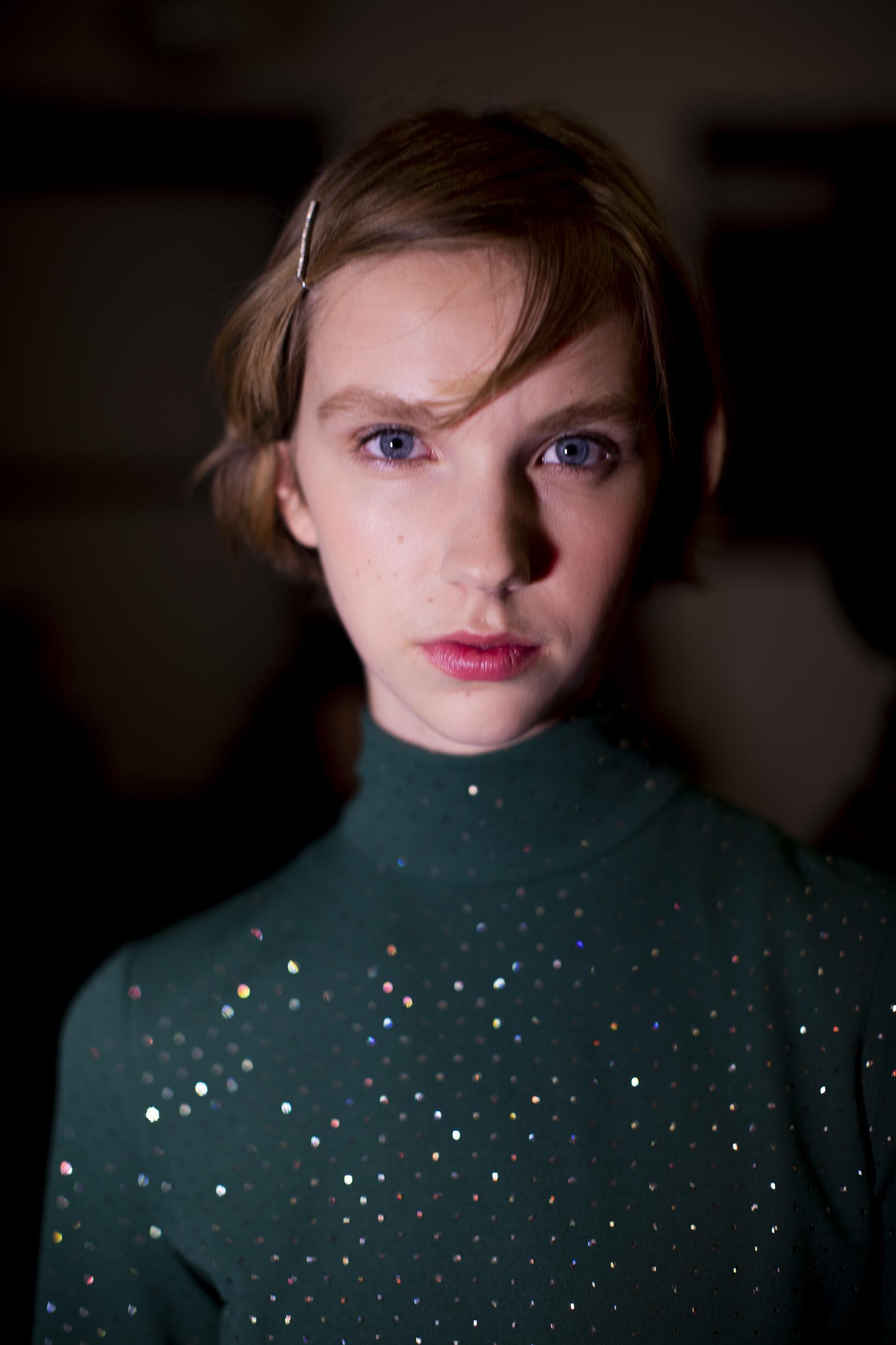 Portrait Model Backstage Marc Jacobs