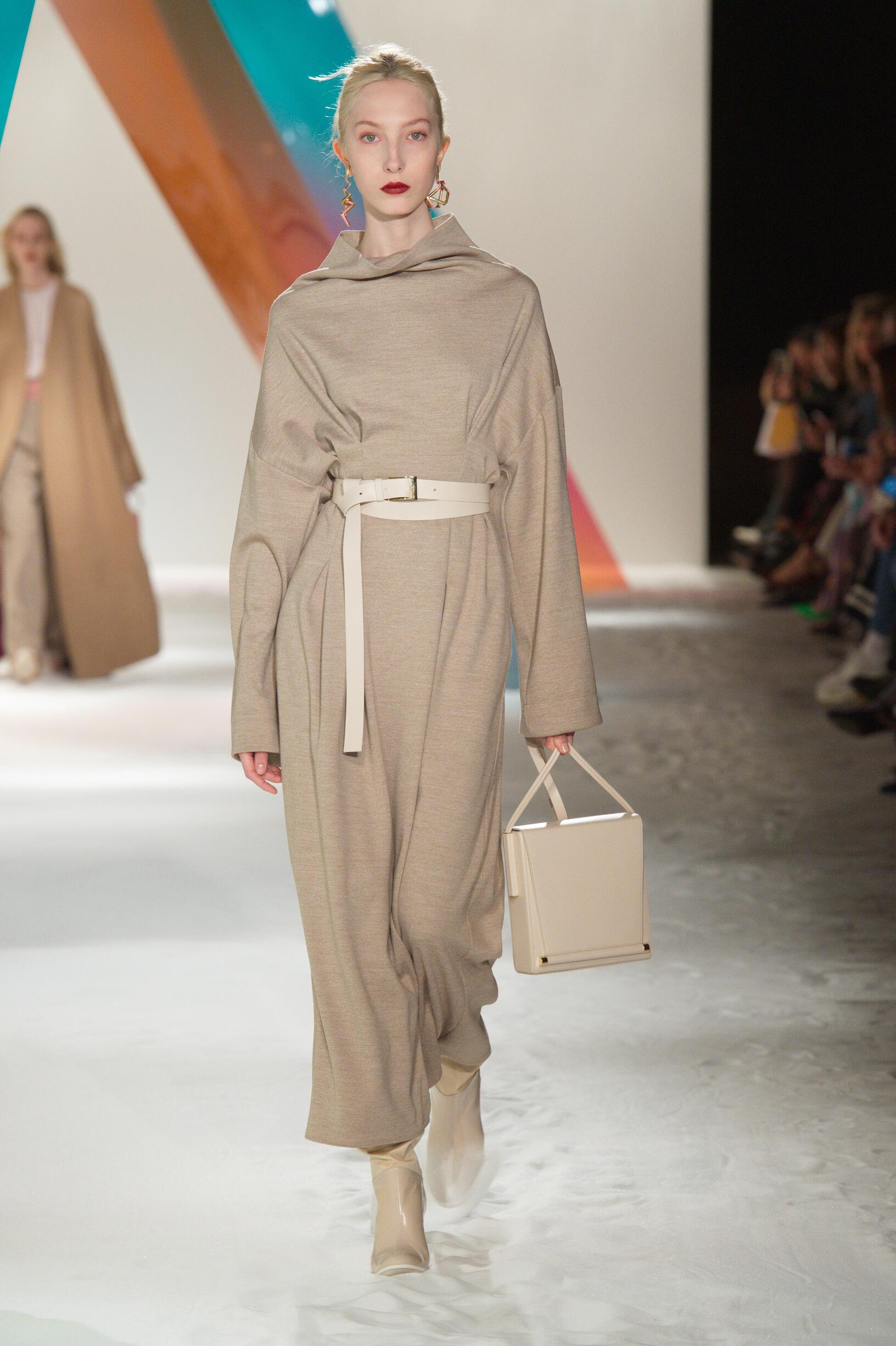 Roksanda Womenswear Fashion Show