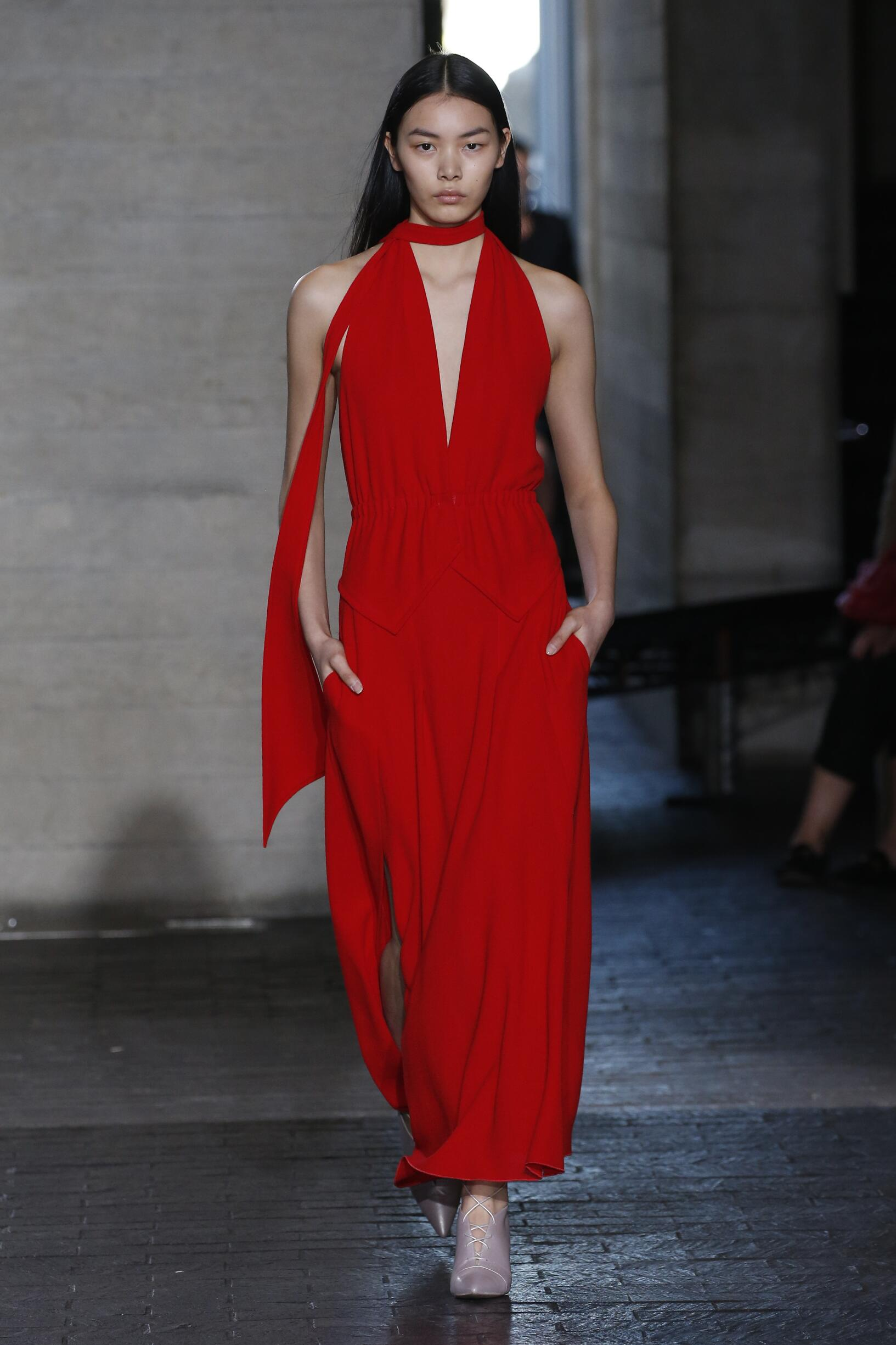 Roland Mouret London Fashion Week Womenswear Trends