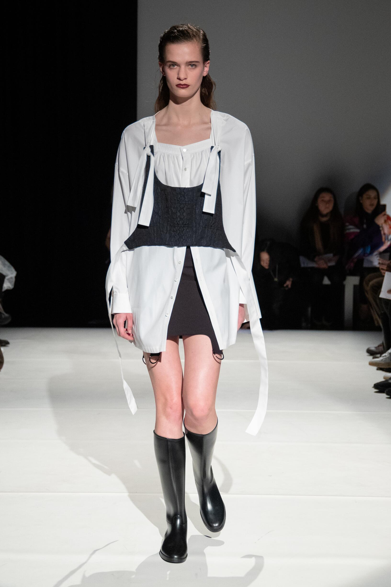 Runway Chalayan Fall Winter 2019 Collection London Fashion Week