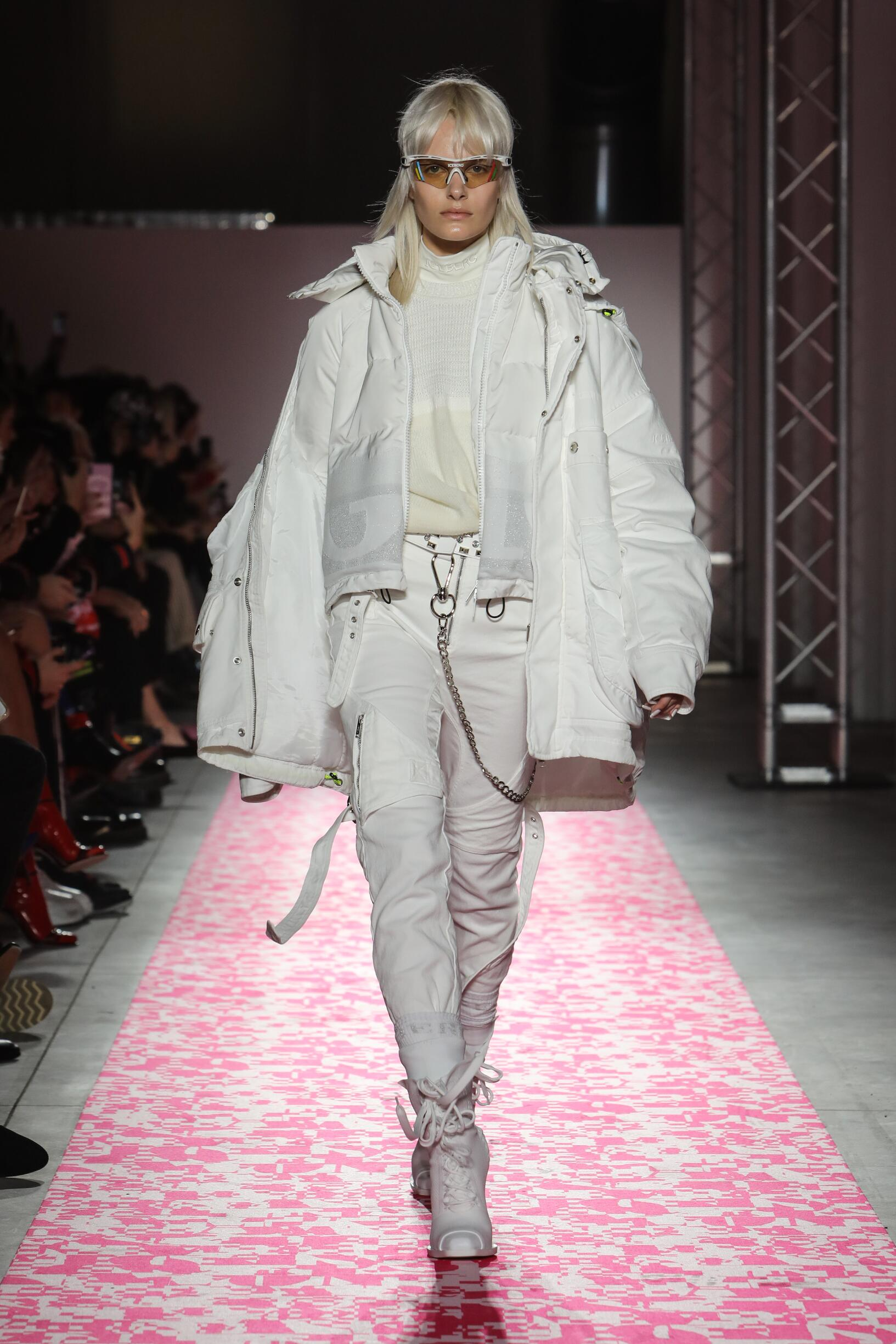 Runway Iceberg Fall Winter 2019 Collection Milan Fashion Week