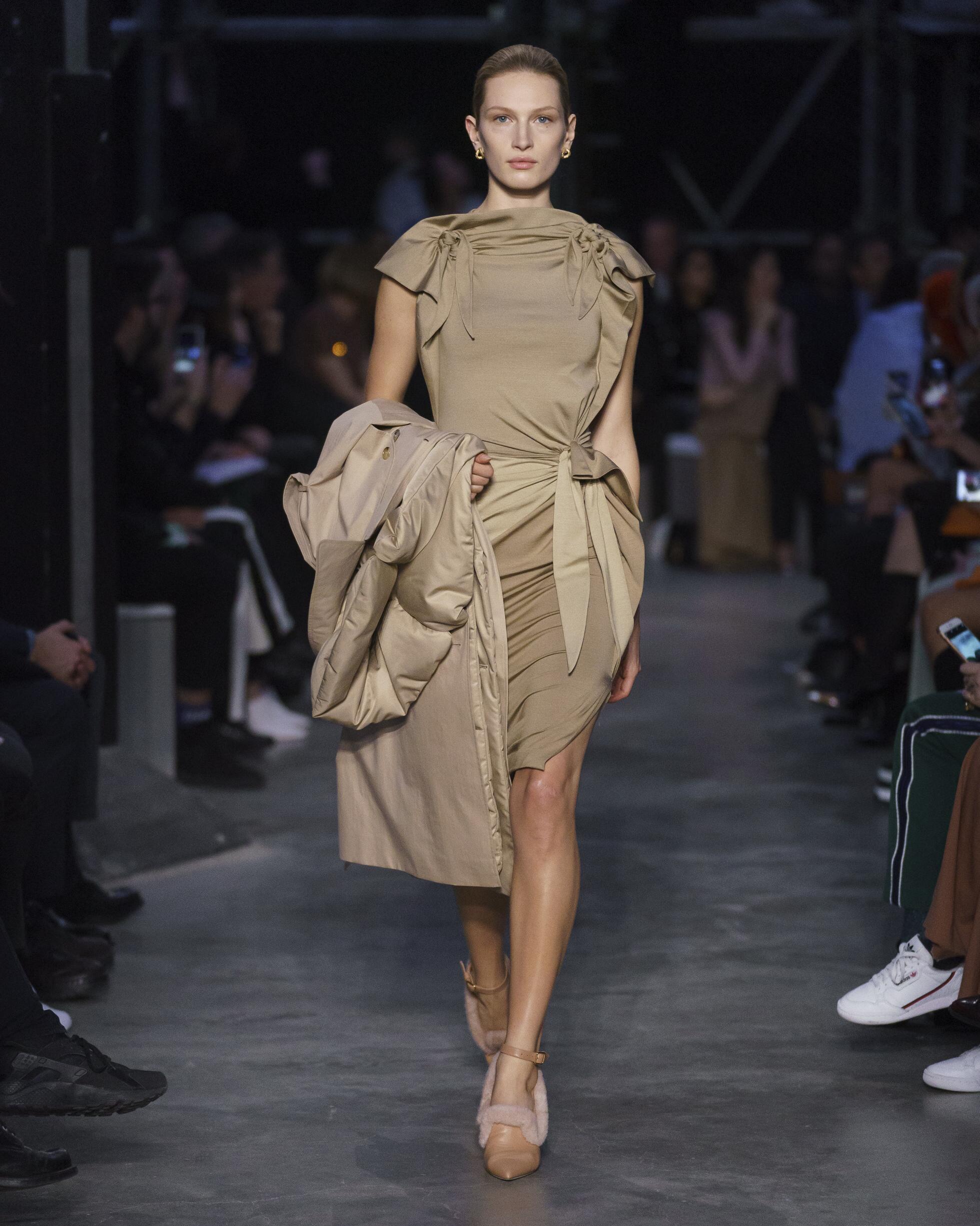 Trends Womenswear Fall Winter Burberry 2019