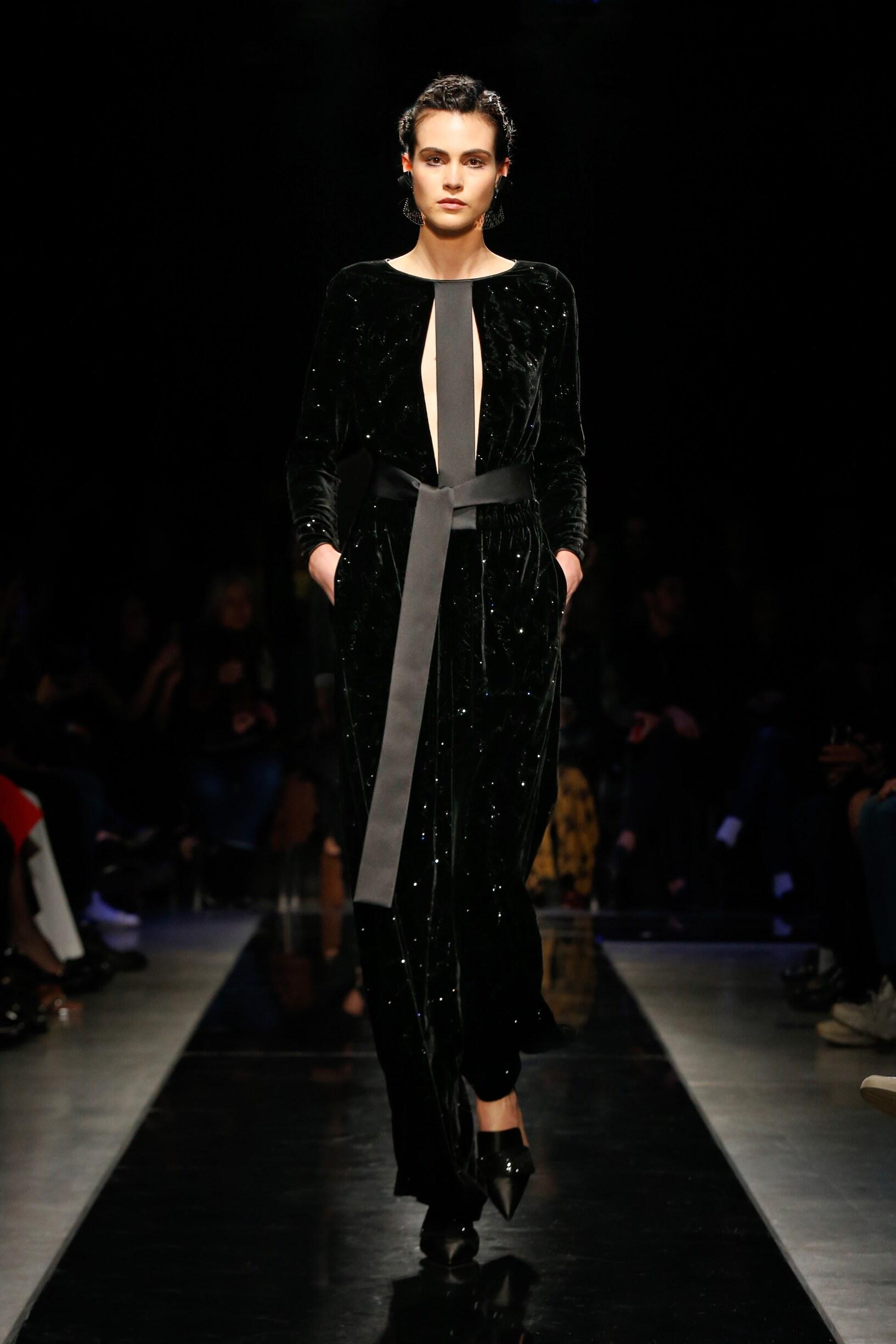 Winter 2019 Woman Trends Giorgio Armani