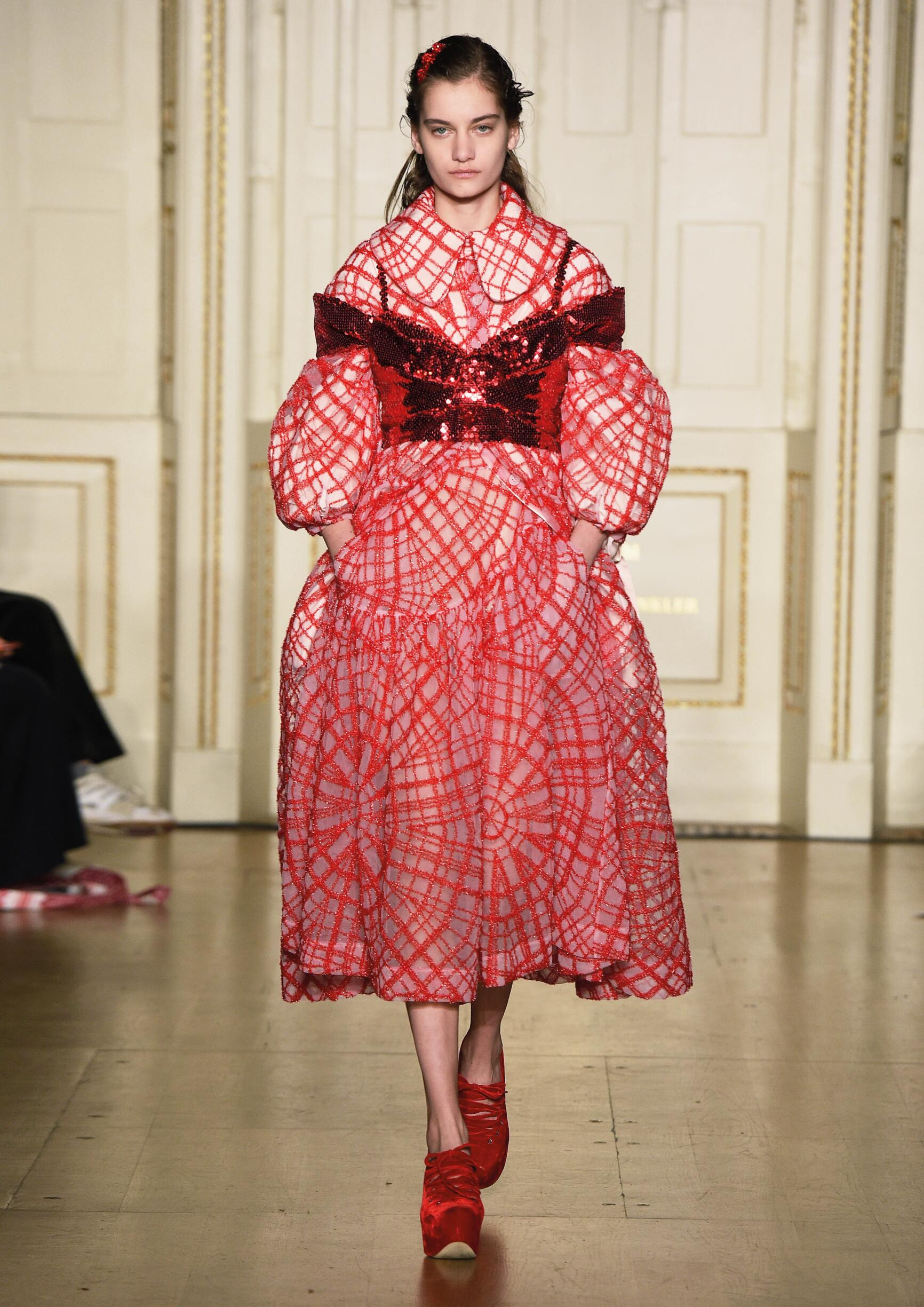 Woman FW 2019 Simone Rocha Show London Fashion Week