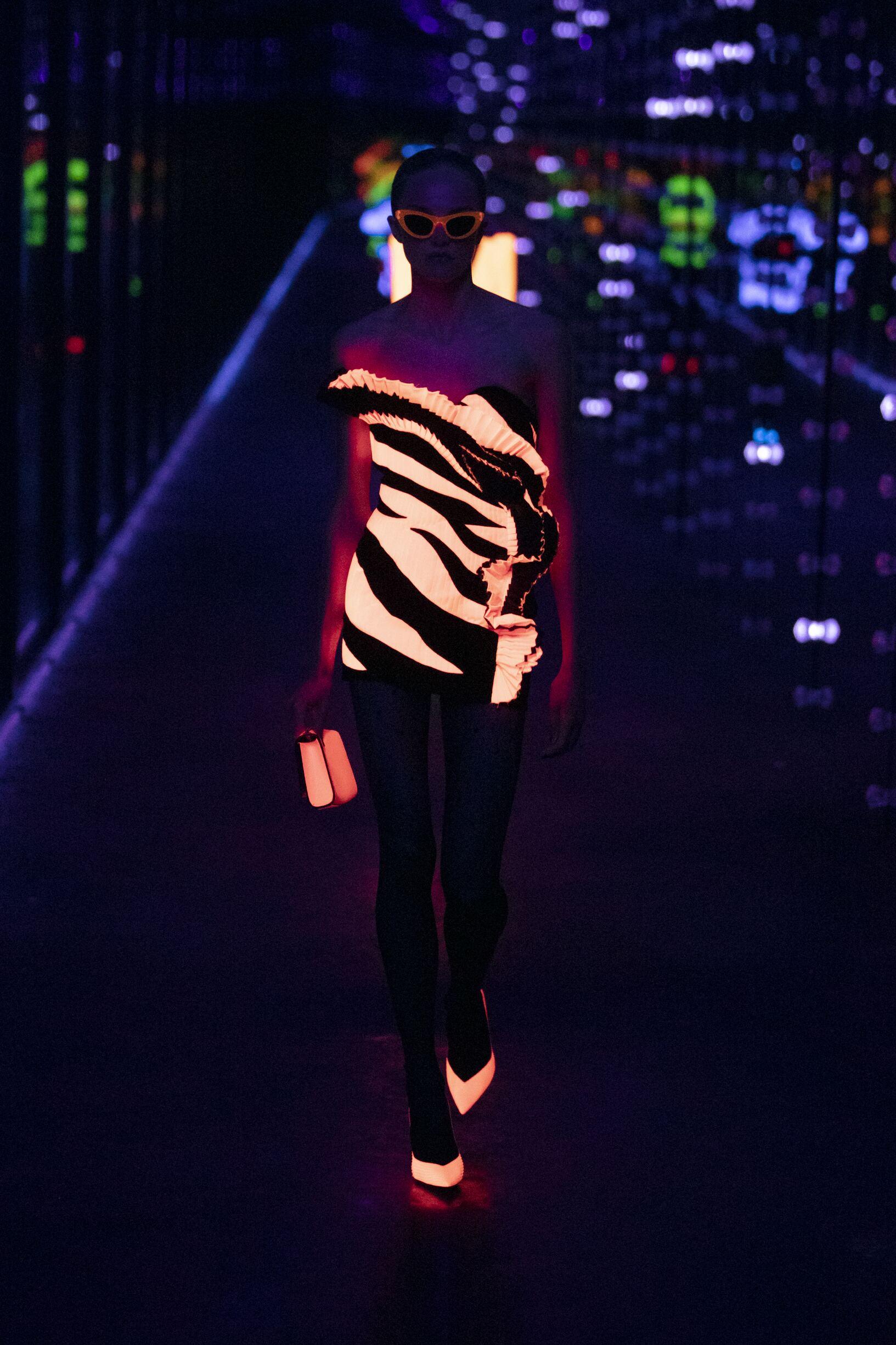 2019 20Saint Laurent Winter Runway Show Woman