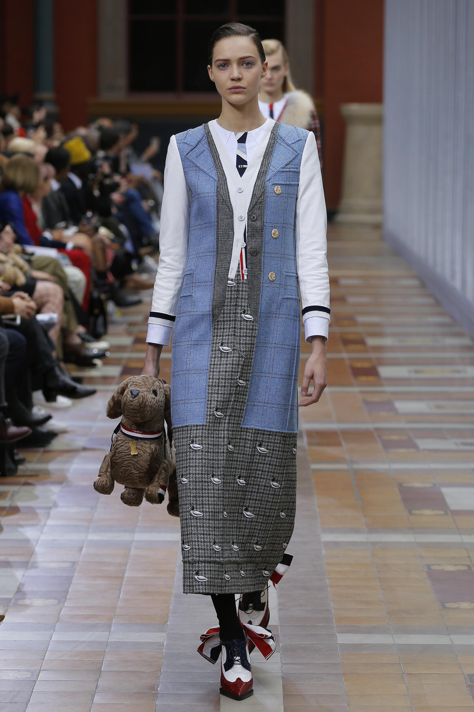 2019 Catwalk Thom Browne Woman Fashion Show Winter