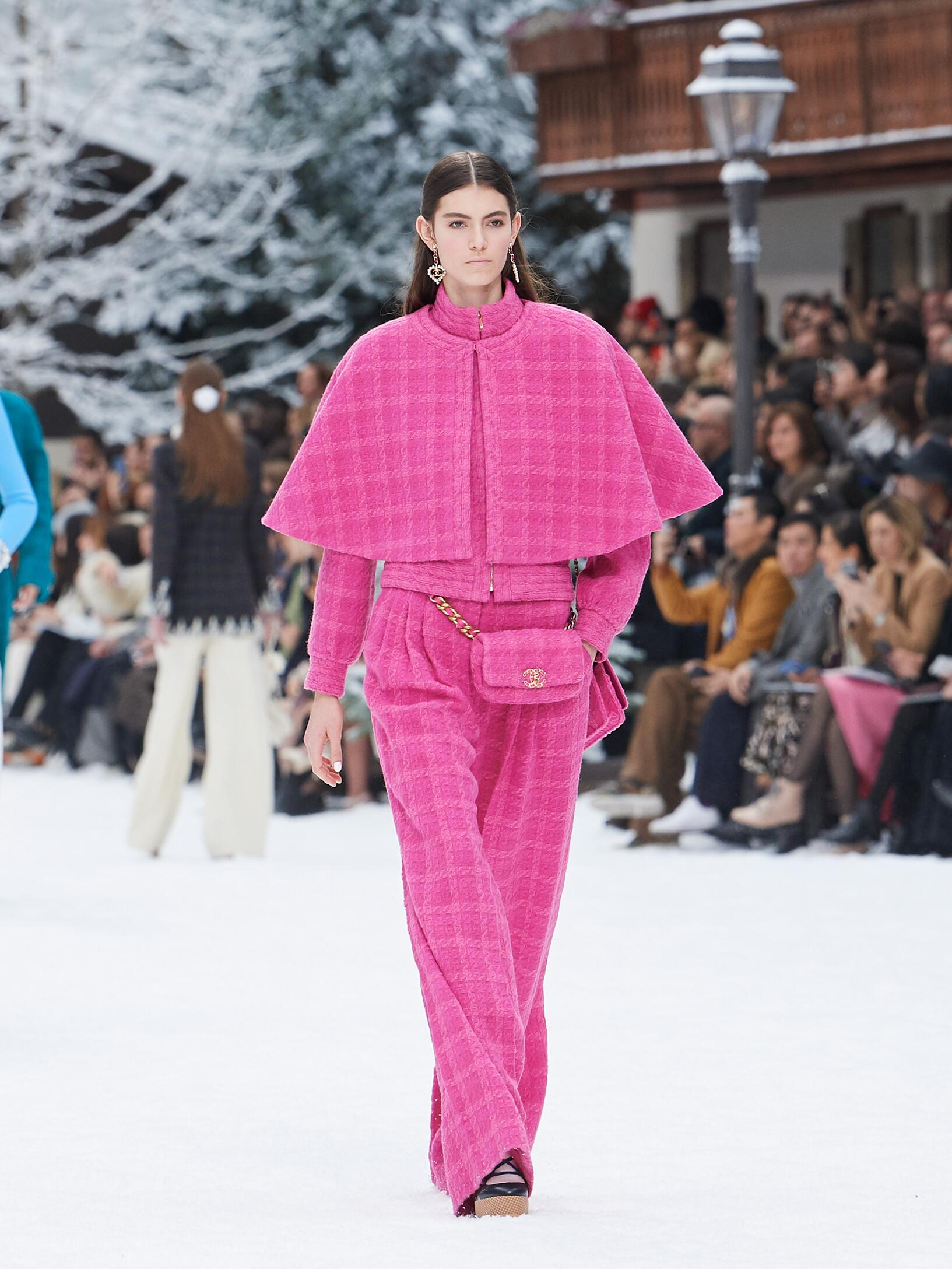 Chanel Fall Winter 2019 Women S Collection The Skinny Beep
