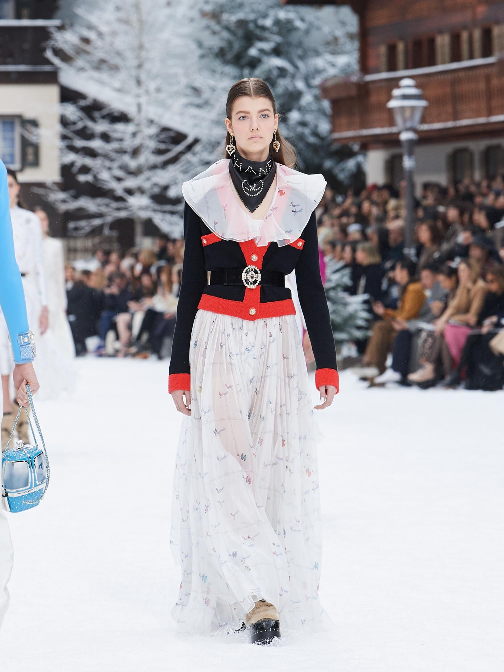 2019 Chanel Winter Runway