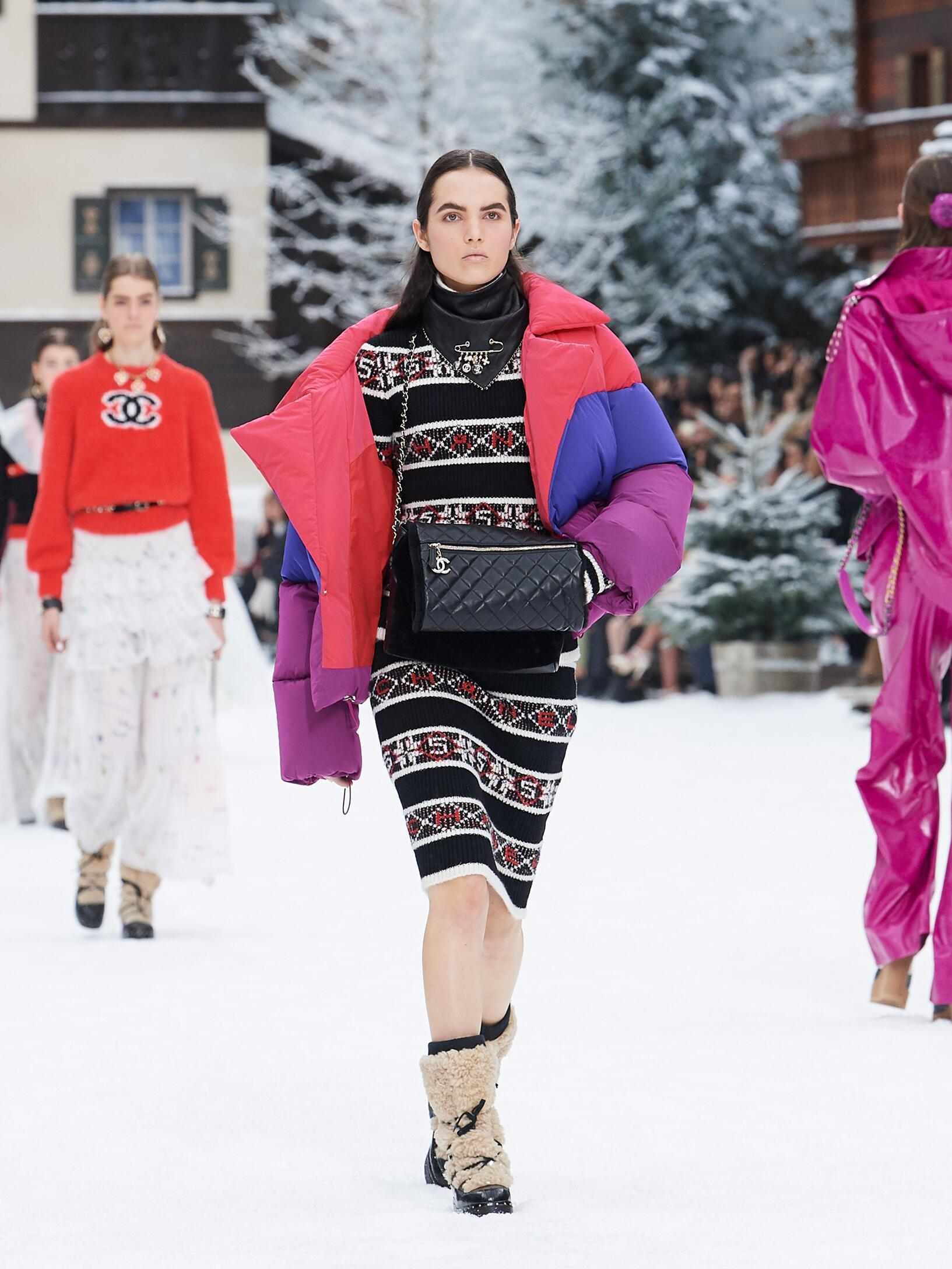 2019 Woman Chanel Trends Paris Fashion Week