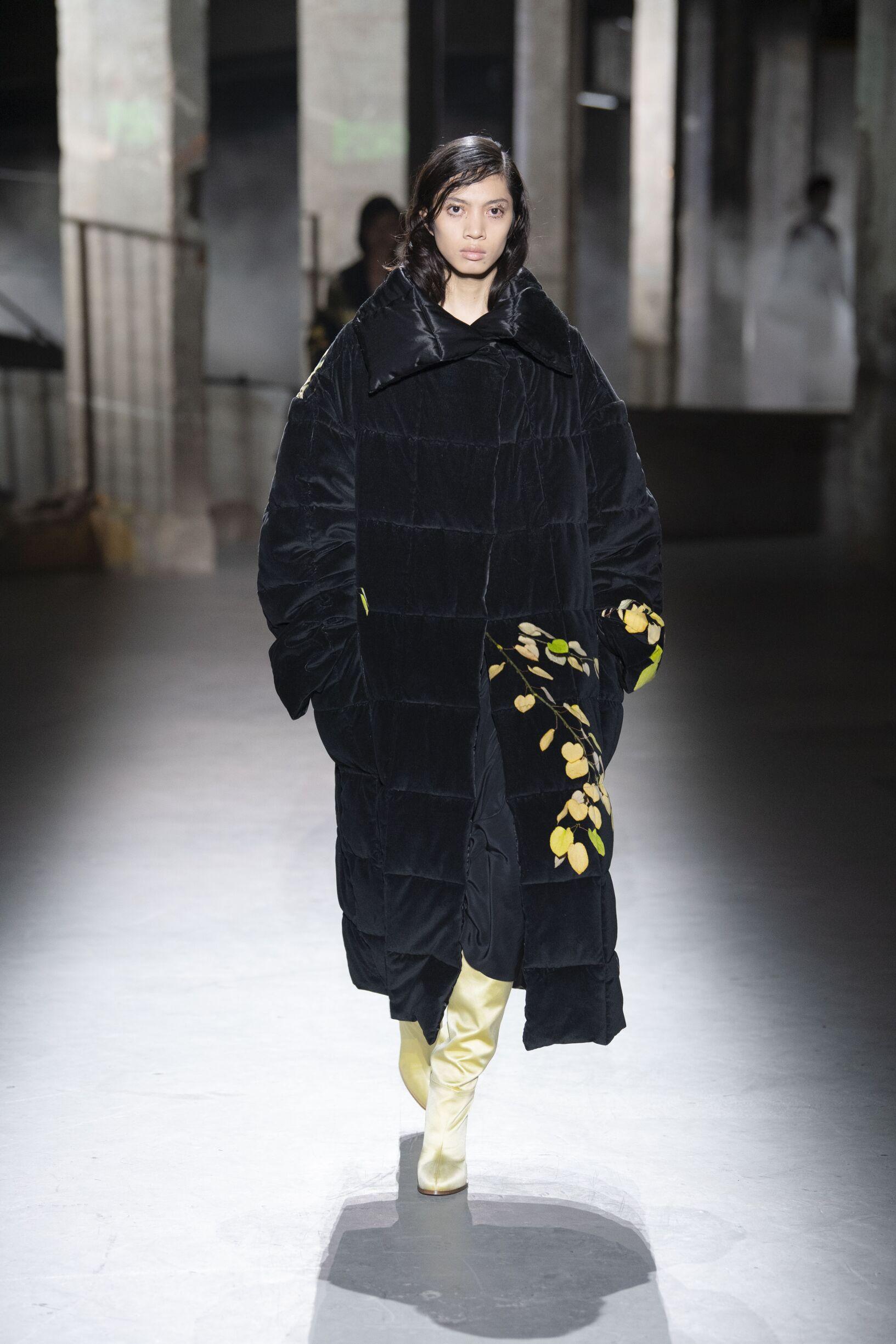2019 Woman Style Dries van Noten