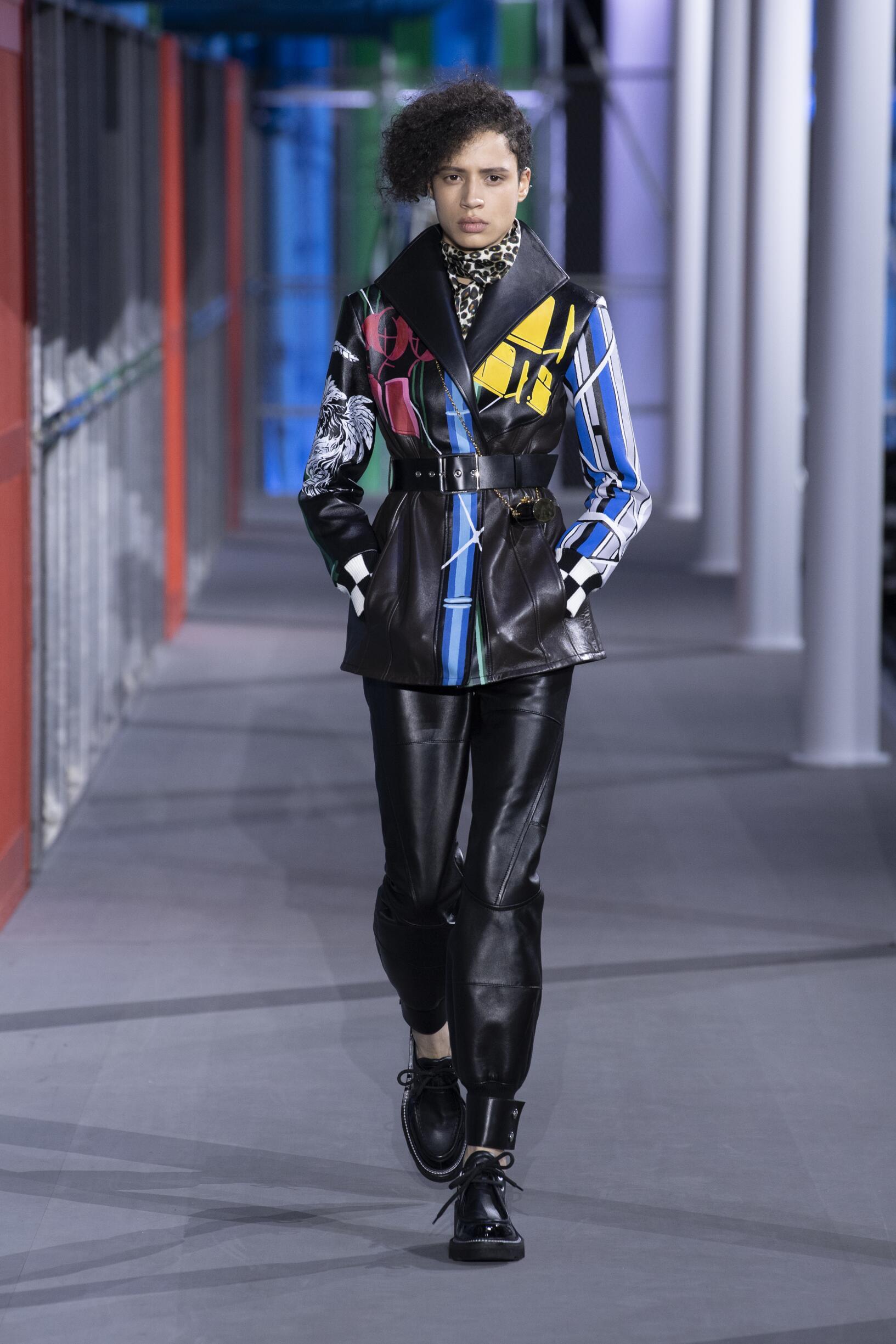 2019 Woman Style Louis Vuitton