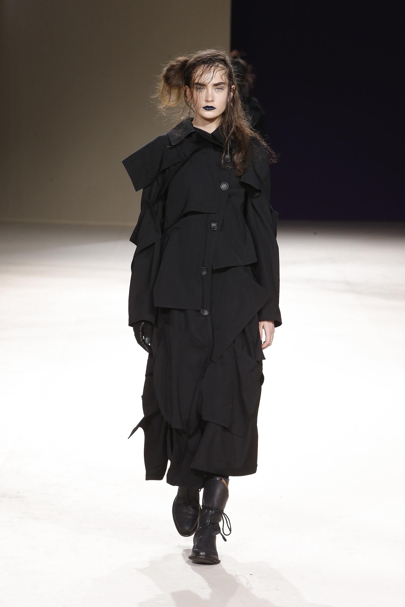 2019 Woman Style Yohji Yamamoto