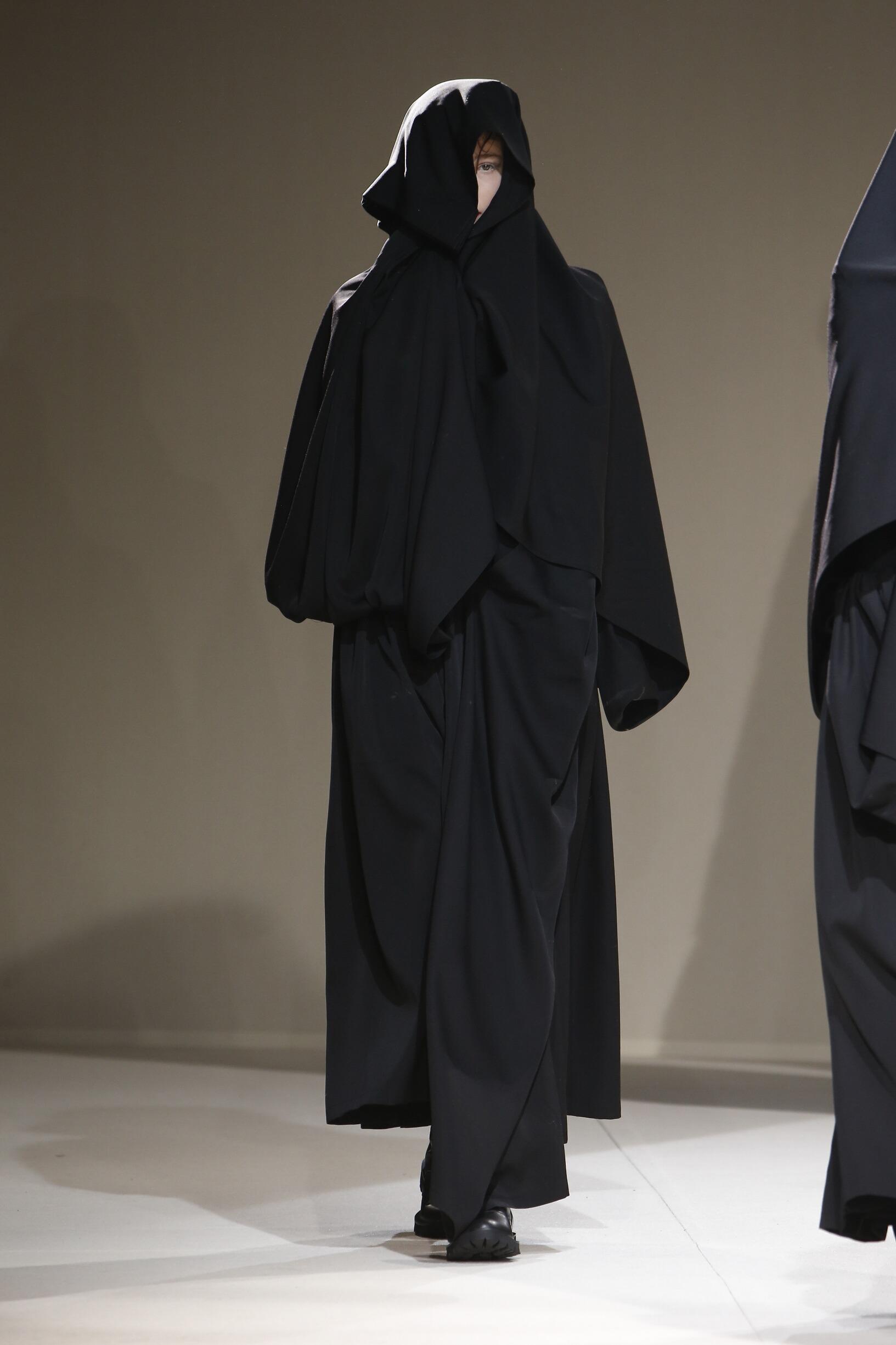 2019 Yohji Yamamoto Catwalk